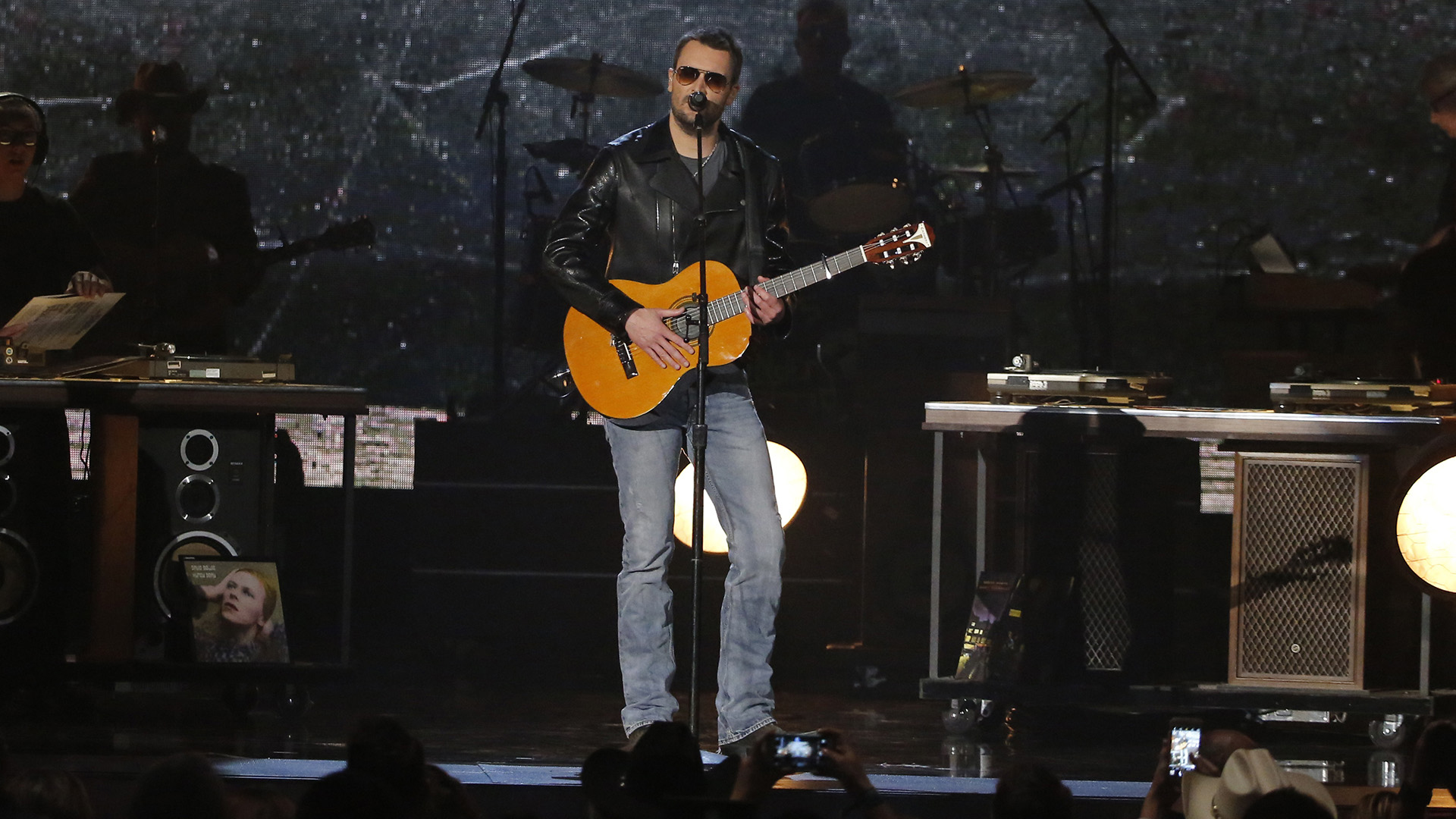 15. Eric Church performs