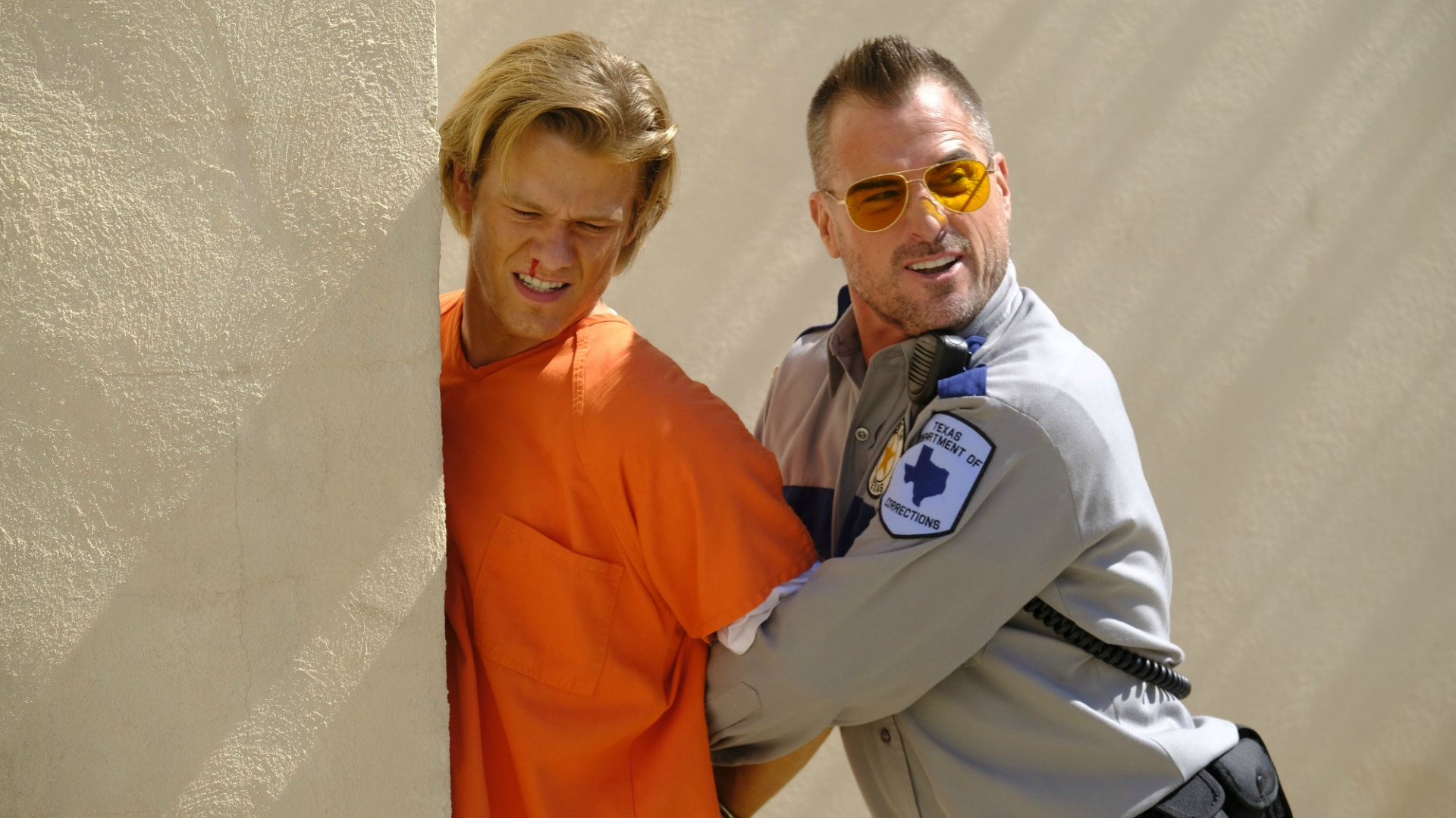 MacGyver gets roughed up by Jack.