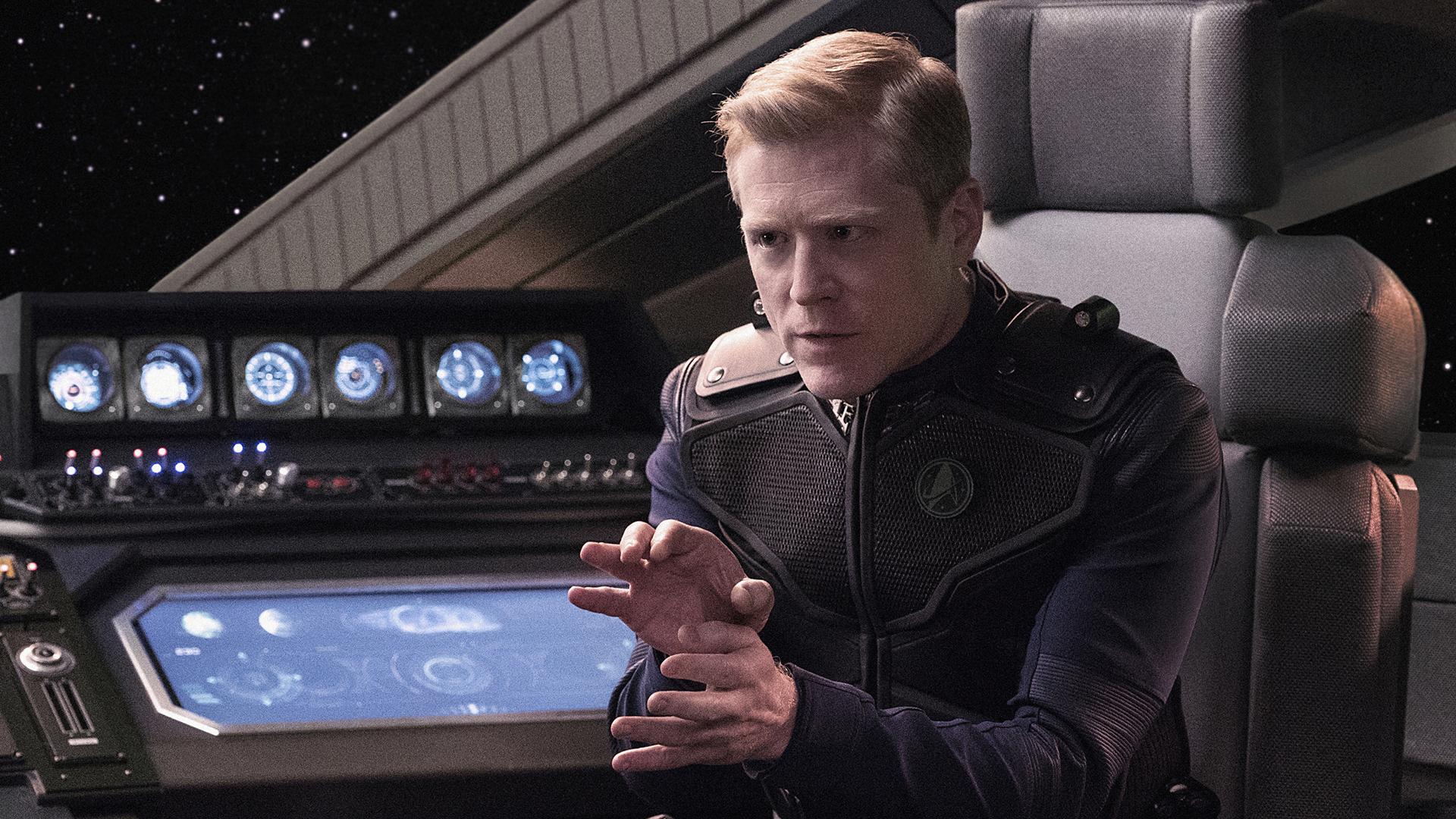 Lieutenant Paul Stamets (Anthony Rapp)