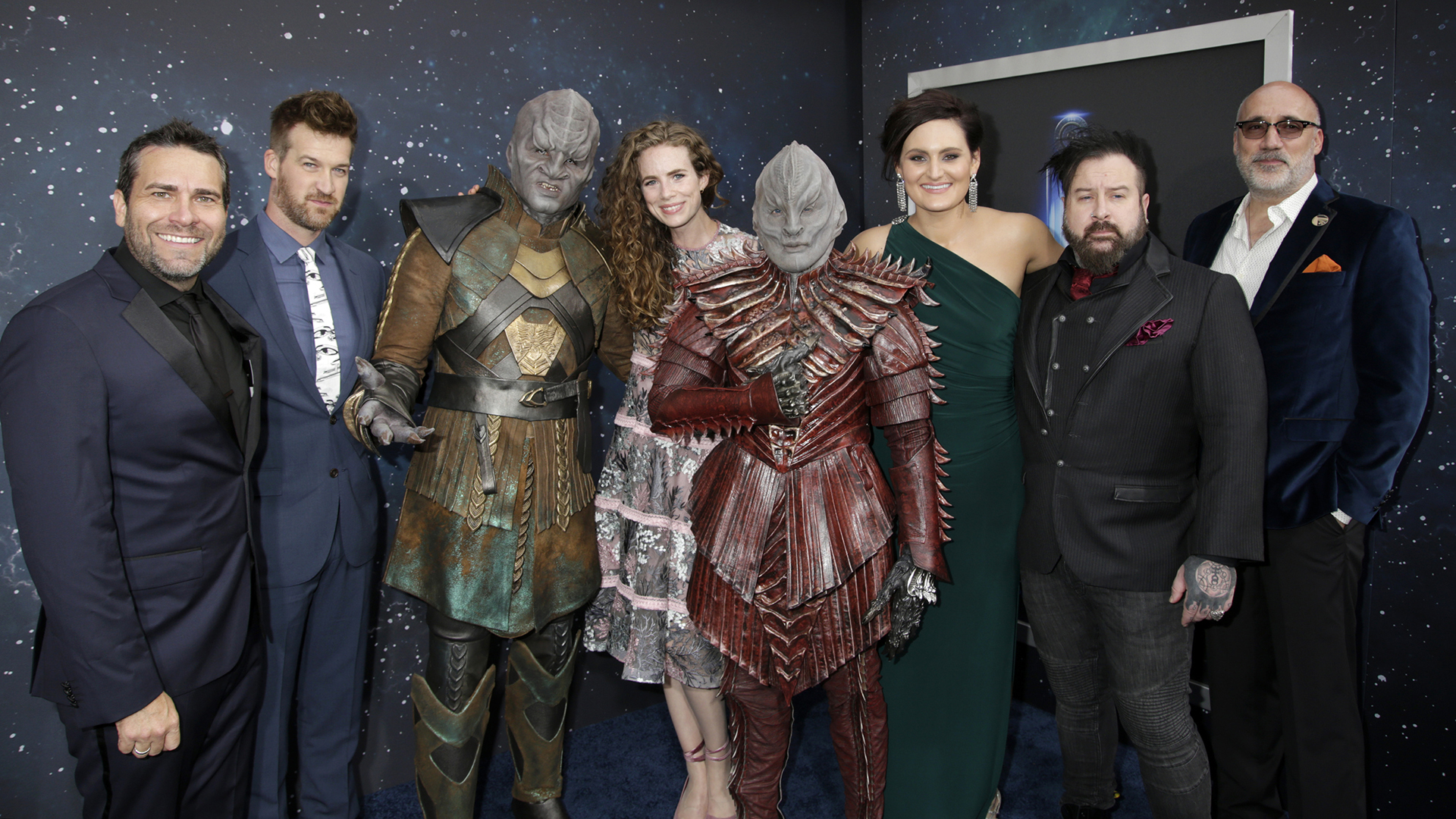 Cast and crew: James MacKinnon, Kenneth Mitchell, Clare McConnell, Mary Chieffo, Glenn Hetrick, and Neville Page (with Klingons!) from Star Trek: Discovery