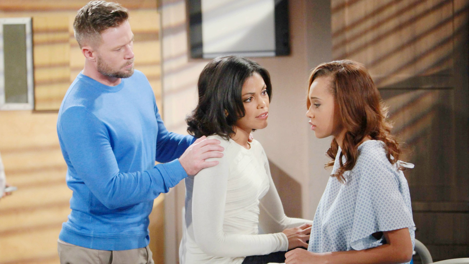 Just prior to her procedure, Rick and Maya offer Nicole the opportunity to change her mind.