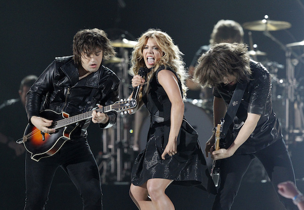 1. Perry Siblings Kimberly, Reid and Neil form country supergroup.