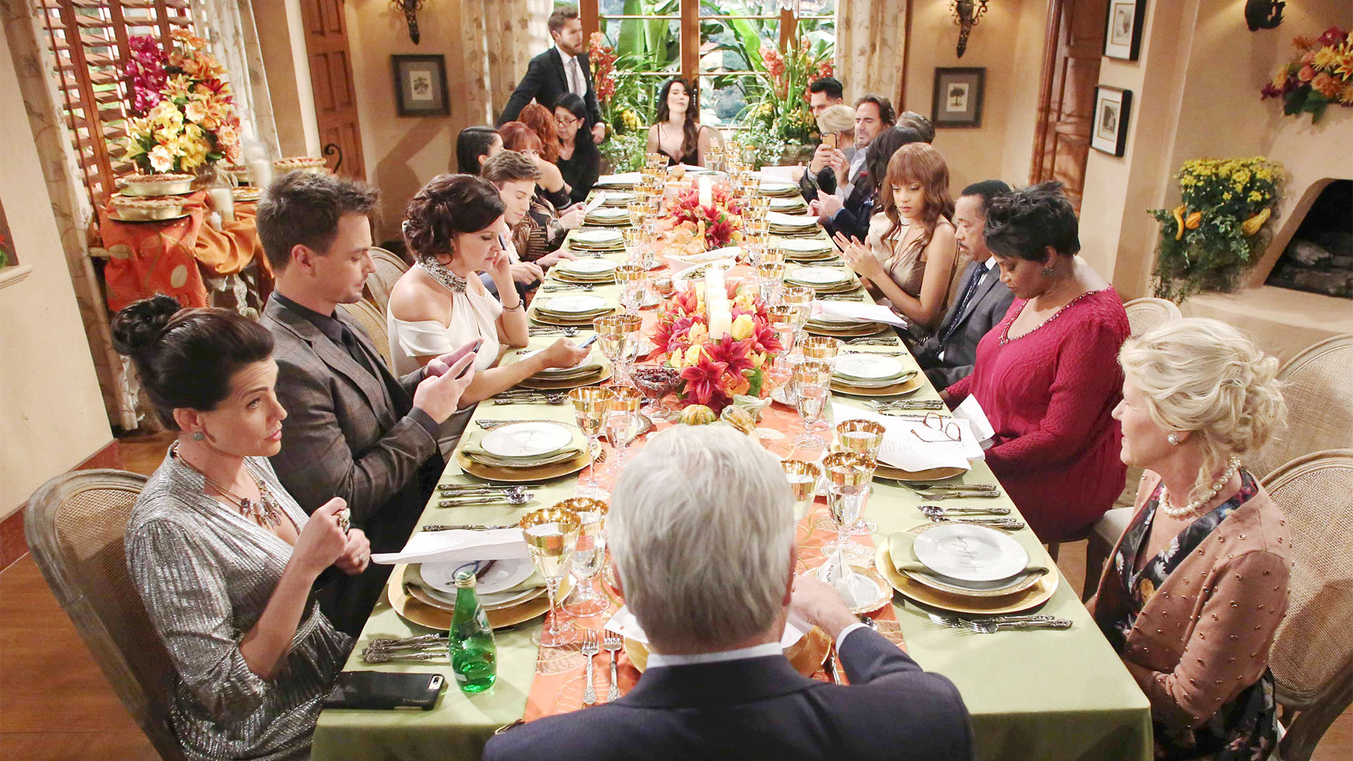 As is tradition, the Forrester, Logan, Spencer, Avant and Spectra families put their difference aside and join together for Thanksgiving and give gratitude.