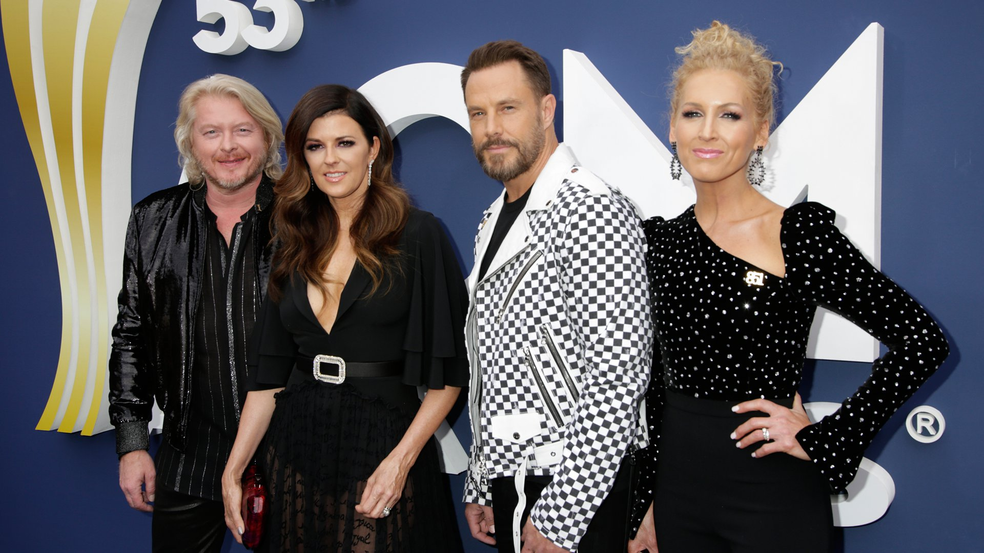 Little Big Town look like a monochromatic dream come true.