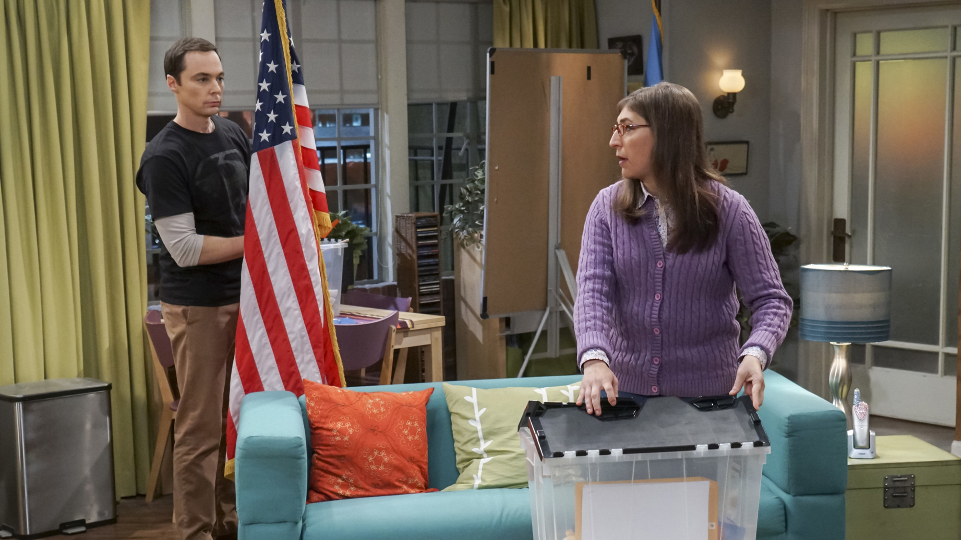 Sheldon and Amy tear their set down.