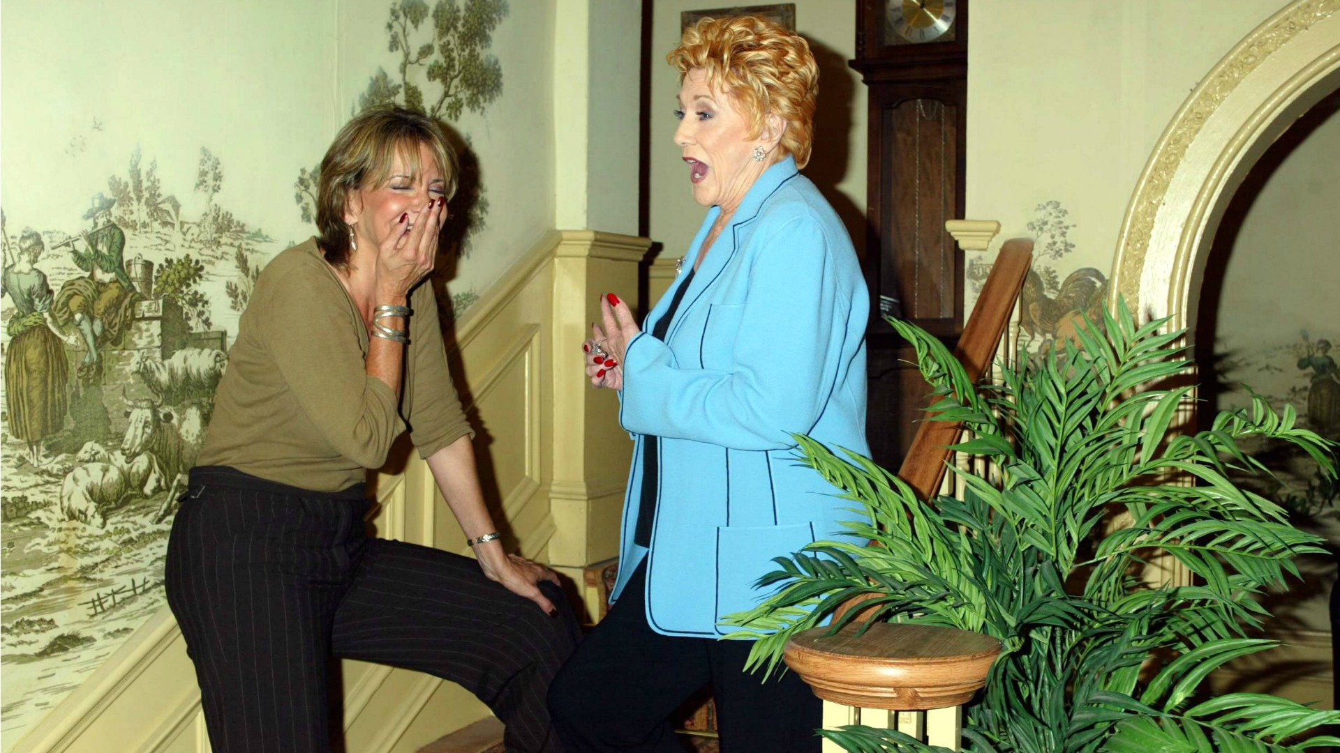 Jess Walton laughs at one of Jeanne Cooper's jokes.
