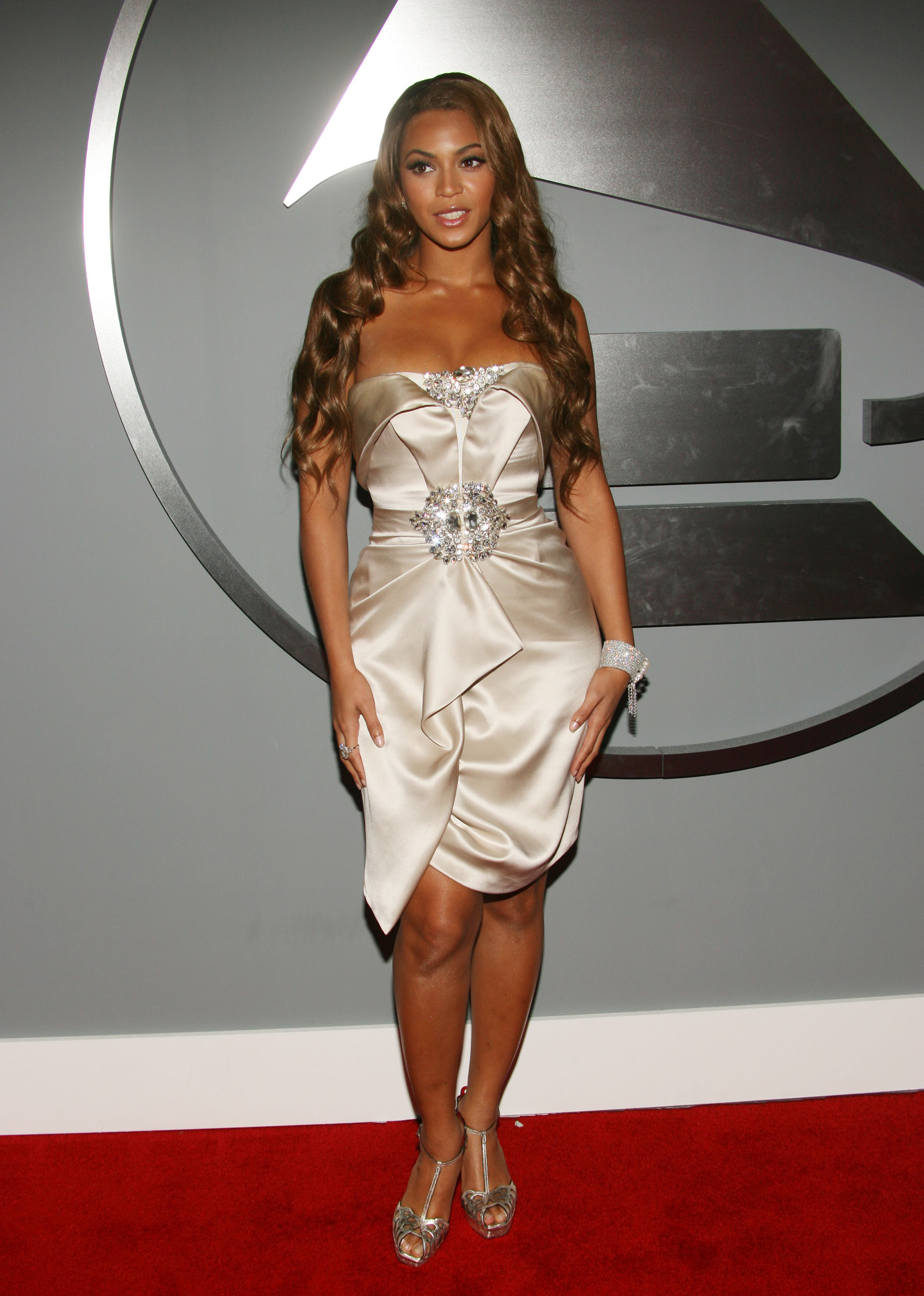2007: Beyonce's Jaw-Dropping Dress