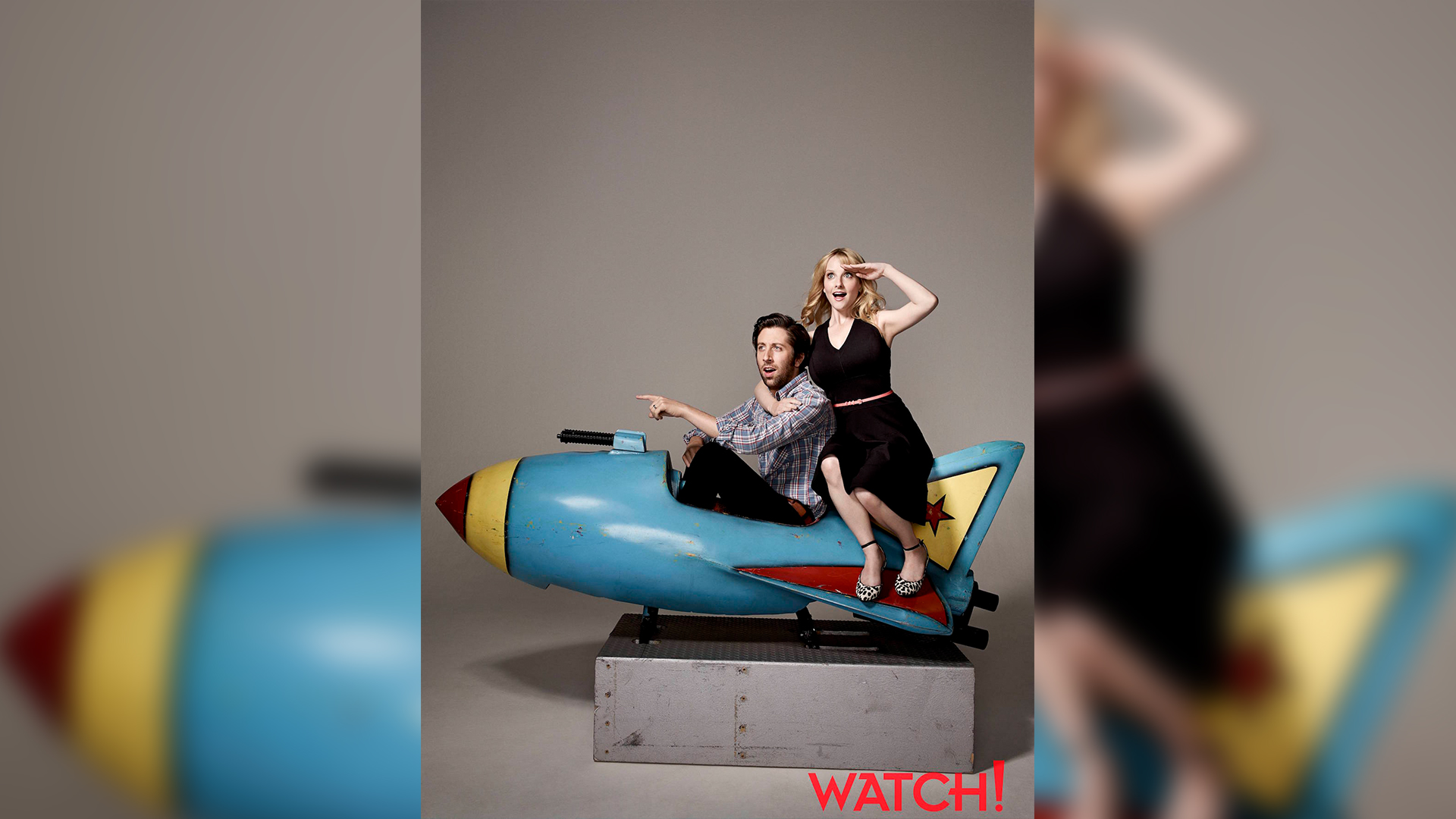 Simon Helberg and Melissa Rauch are having a blast