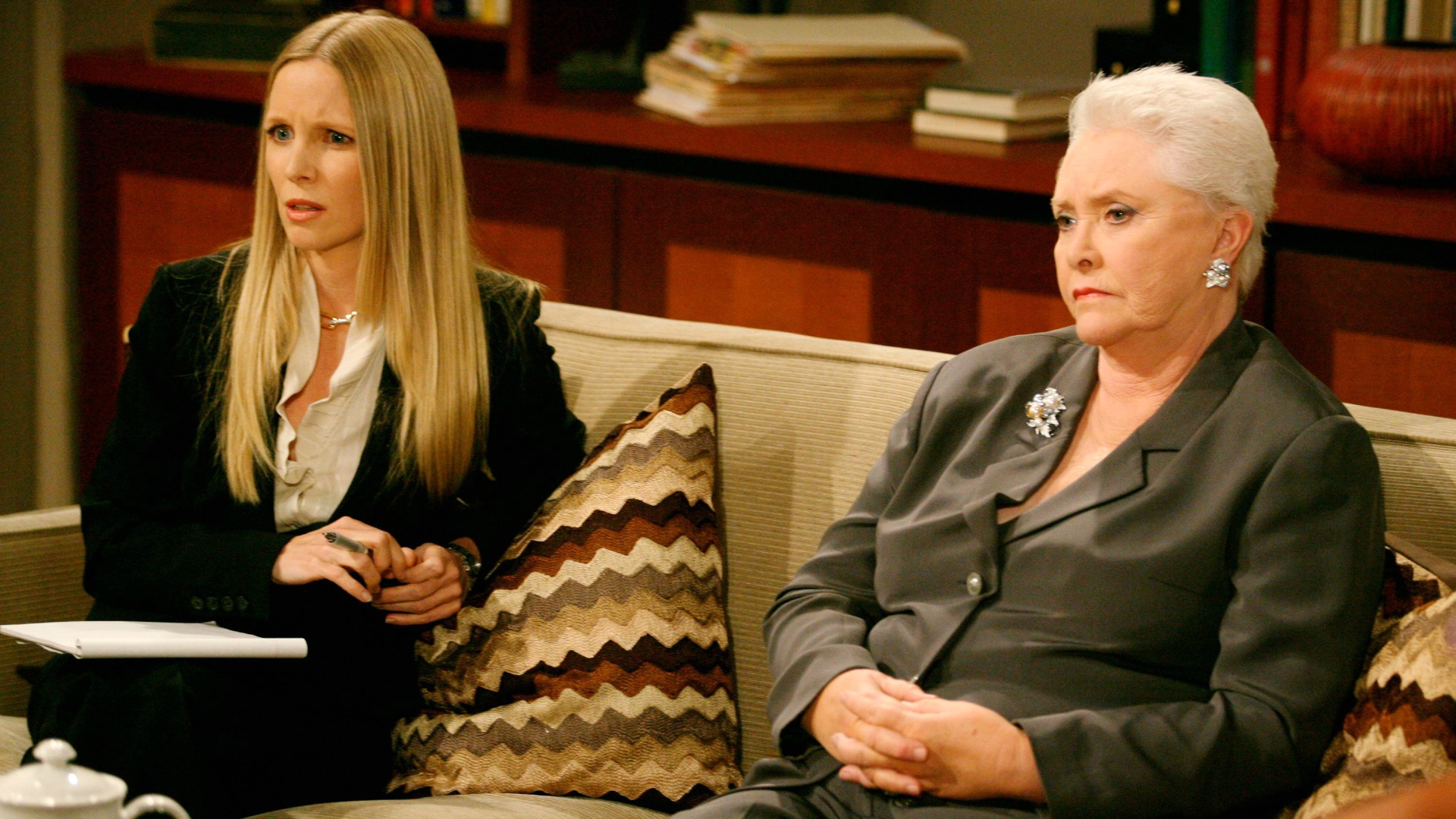 Christine Blair Williams (Lauralee Bell) was hired by the Forrester family to represent Ridge who was on trial for murder.