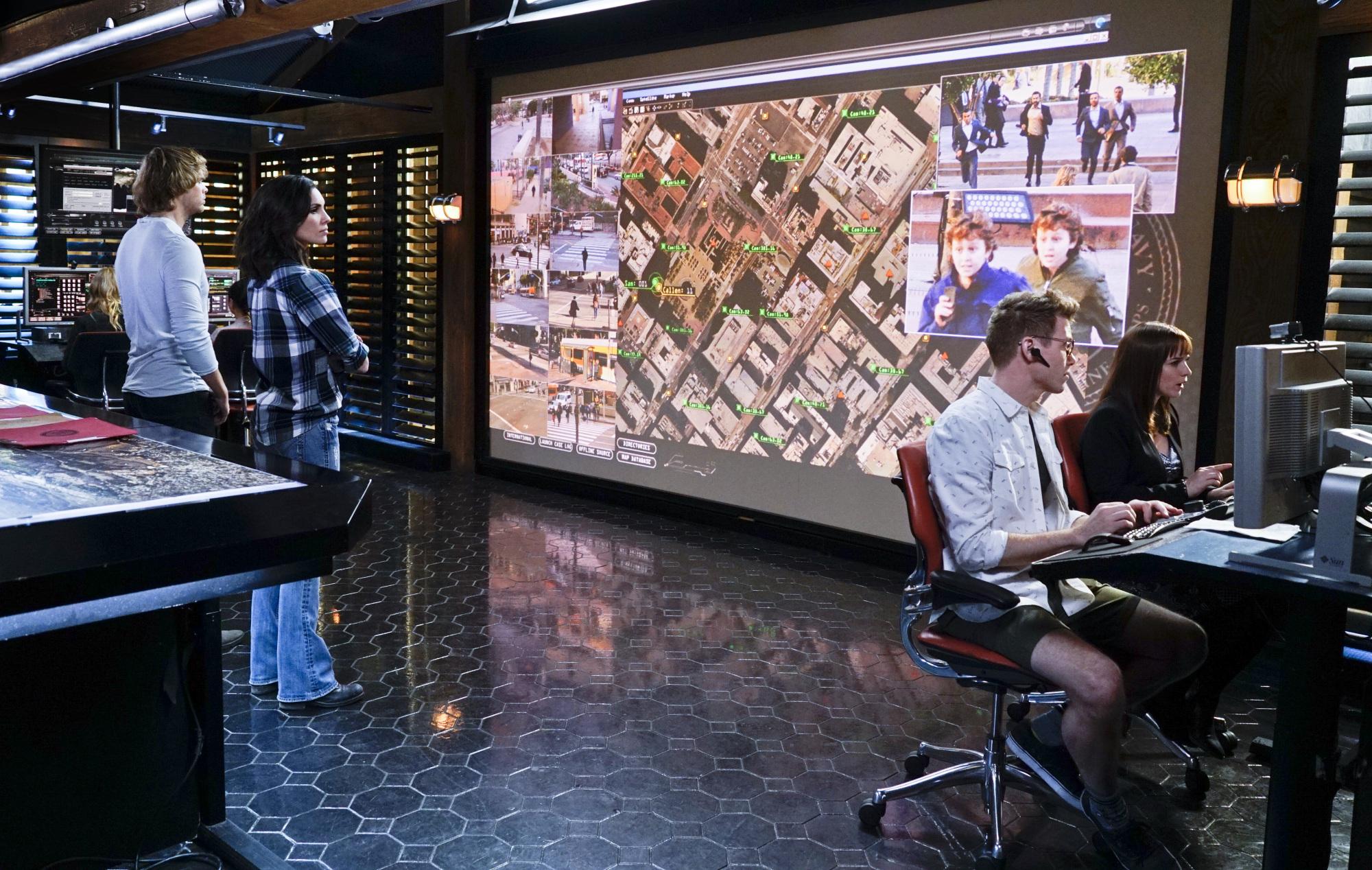 Eric Christian Olsen as LAPD Liaison Marty Deeks, Daniela Ruah as Special Agent Kensi Blye, Barrett Foa as Tech Operator Eric Beale, and Renée Felice Smith as Intelligence Analyst Nell Jones