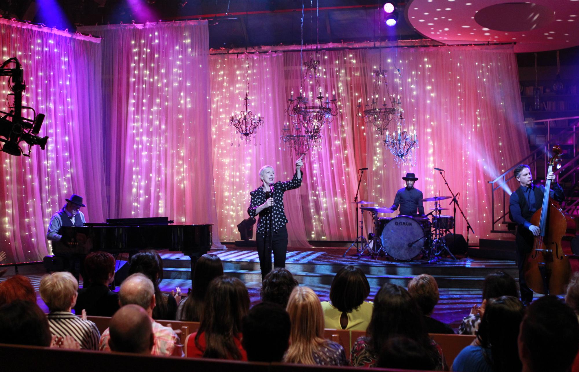 6. Annie Lennox Sang Live!