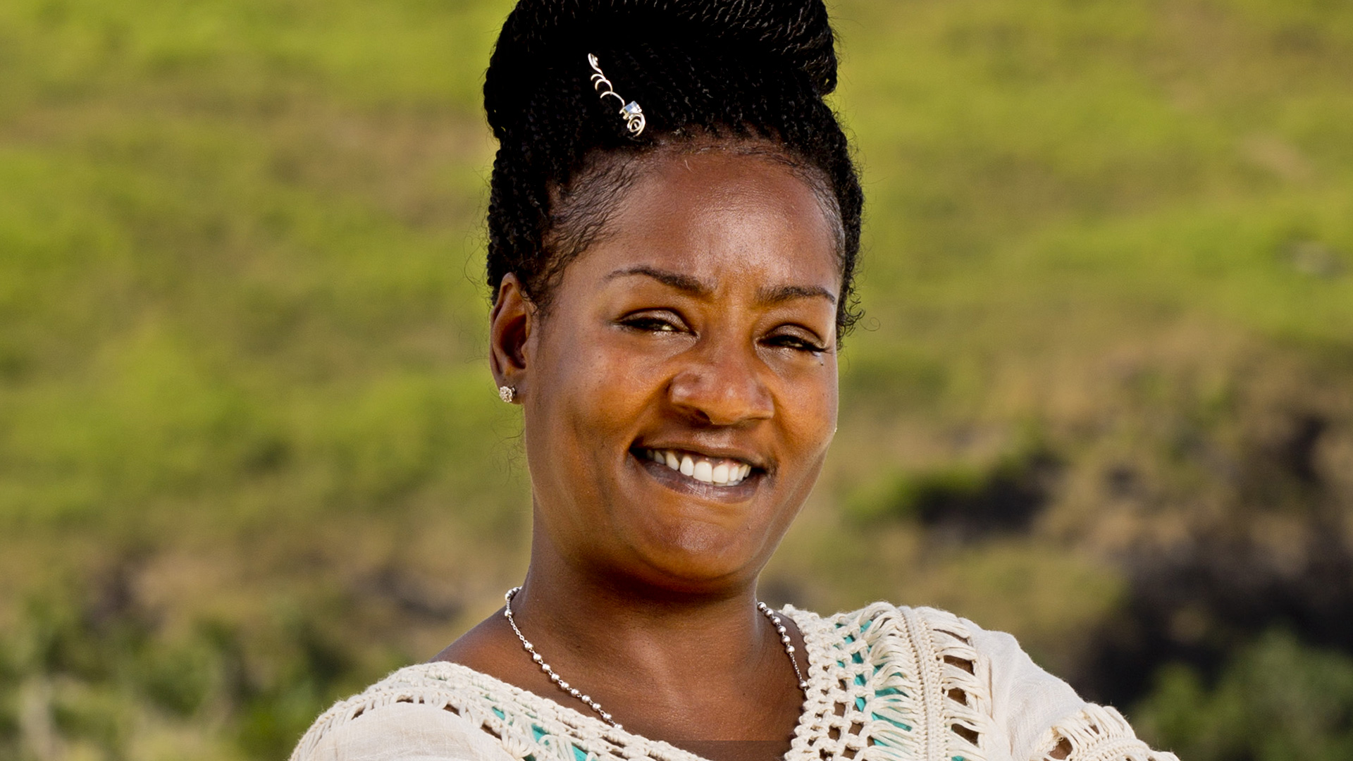 Cirie Fields (Nuku Tribe)