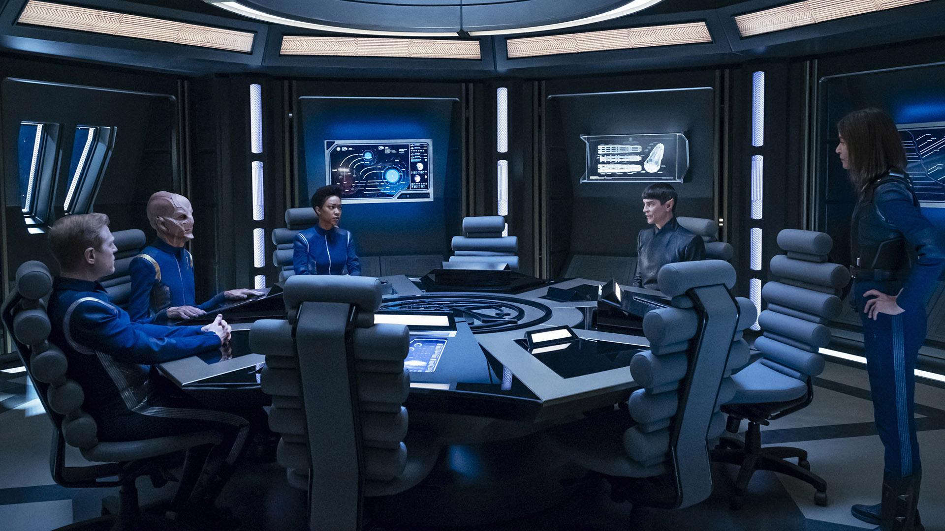 Lieutenant Paul Stamets (Anthony Rapp), First Officer Saru (Doug Jones), Michael Burnham (Sonequa Martin-Green), Ambassador Sarek (James Frain), and Admiral Cornwell (Jayne Brook)