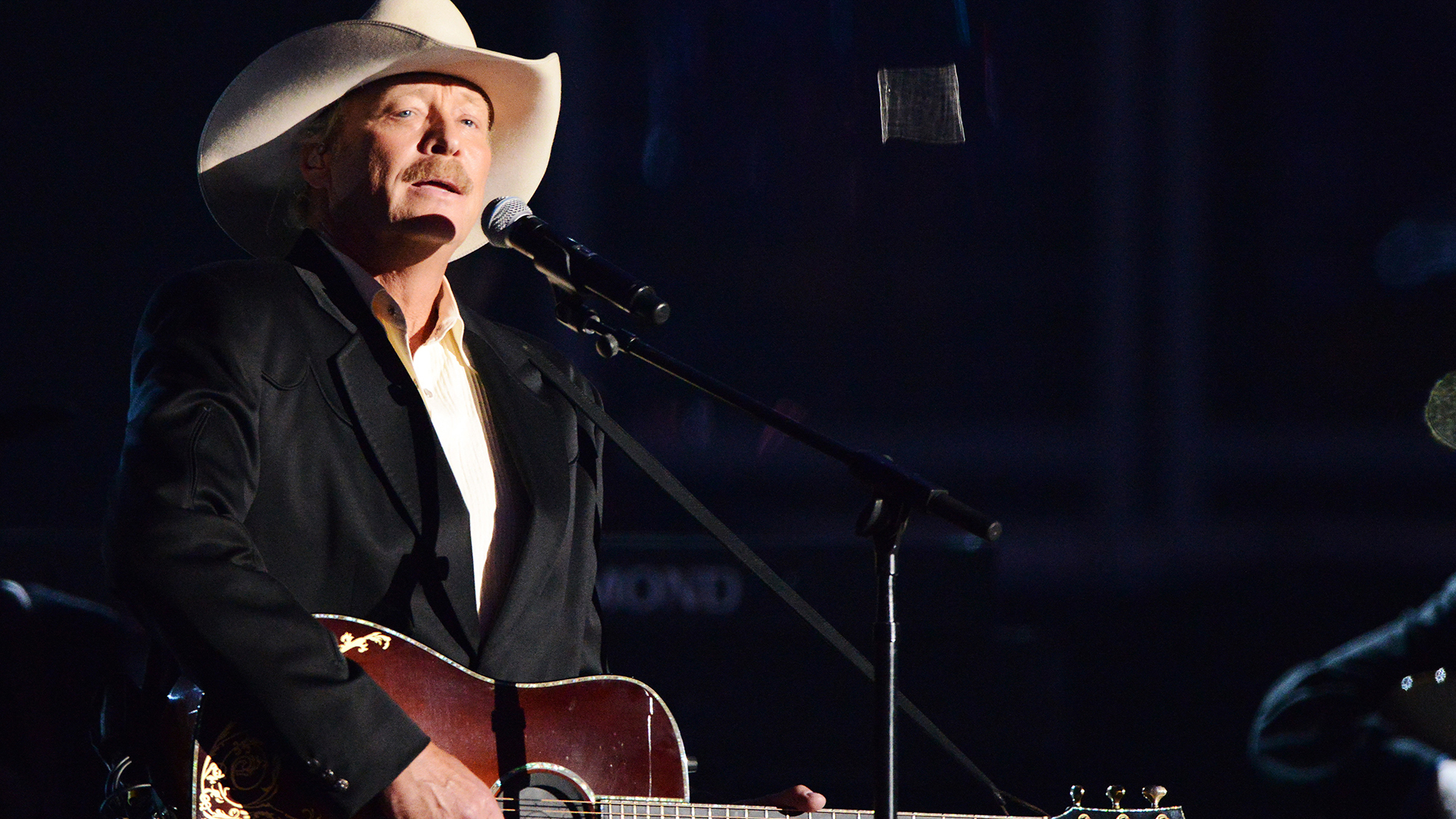 1. Alan Jackson performs