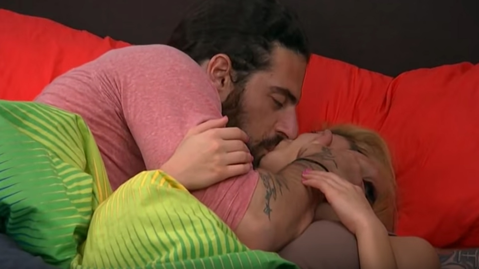 4. Austin steals his first kiss from Liz.