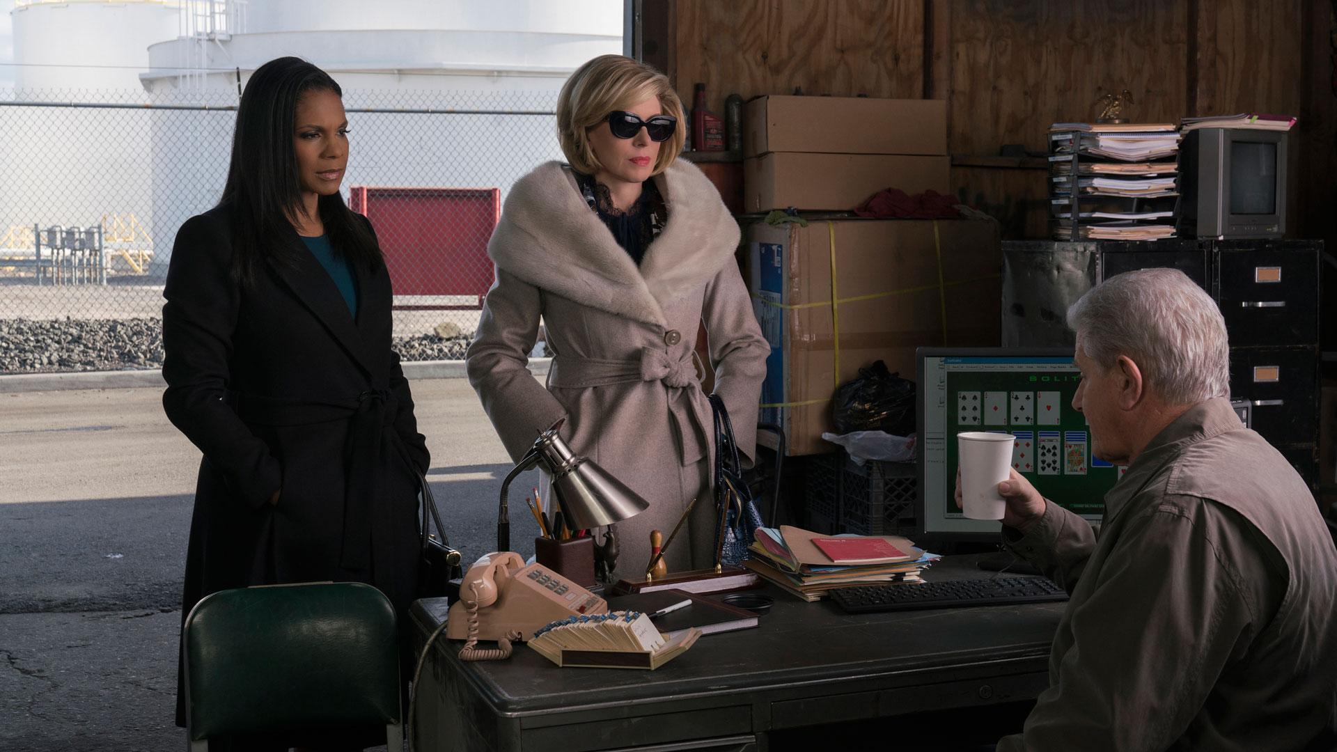 Liz Reddick-Lawrence (Audra McDonald) and Diane Lockhart (Christine Baranski)