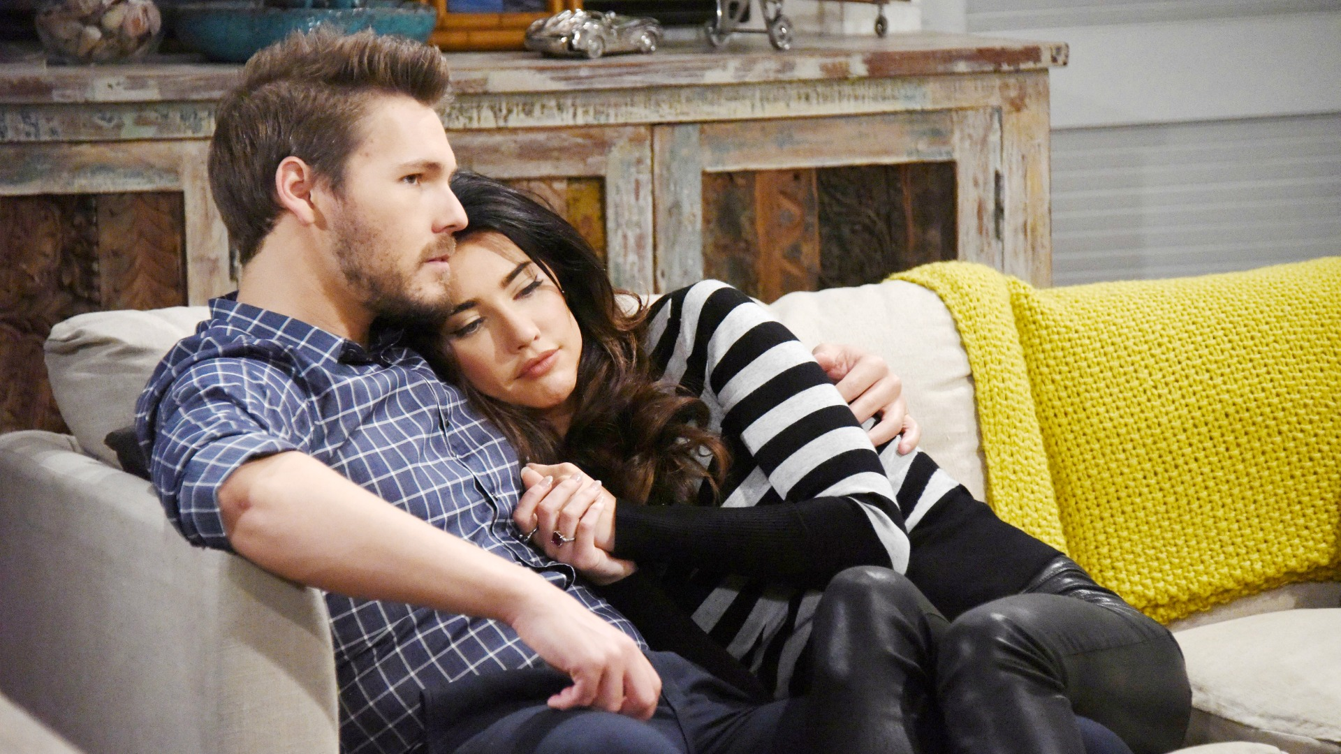 Liam and Steffy get the chance to act on their feelings for each other. Will they?