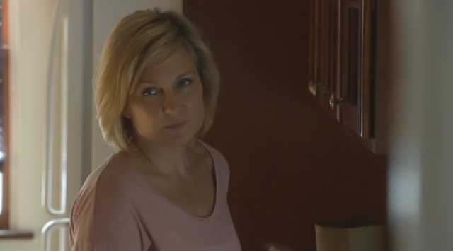 Amy Carlson as Linda Reagan