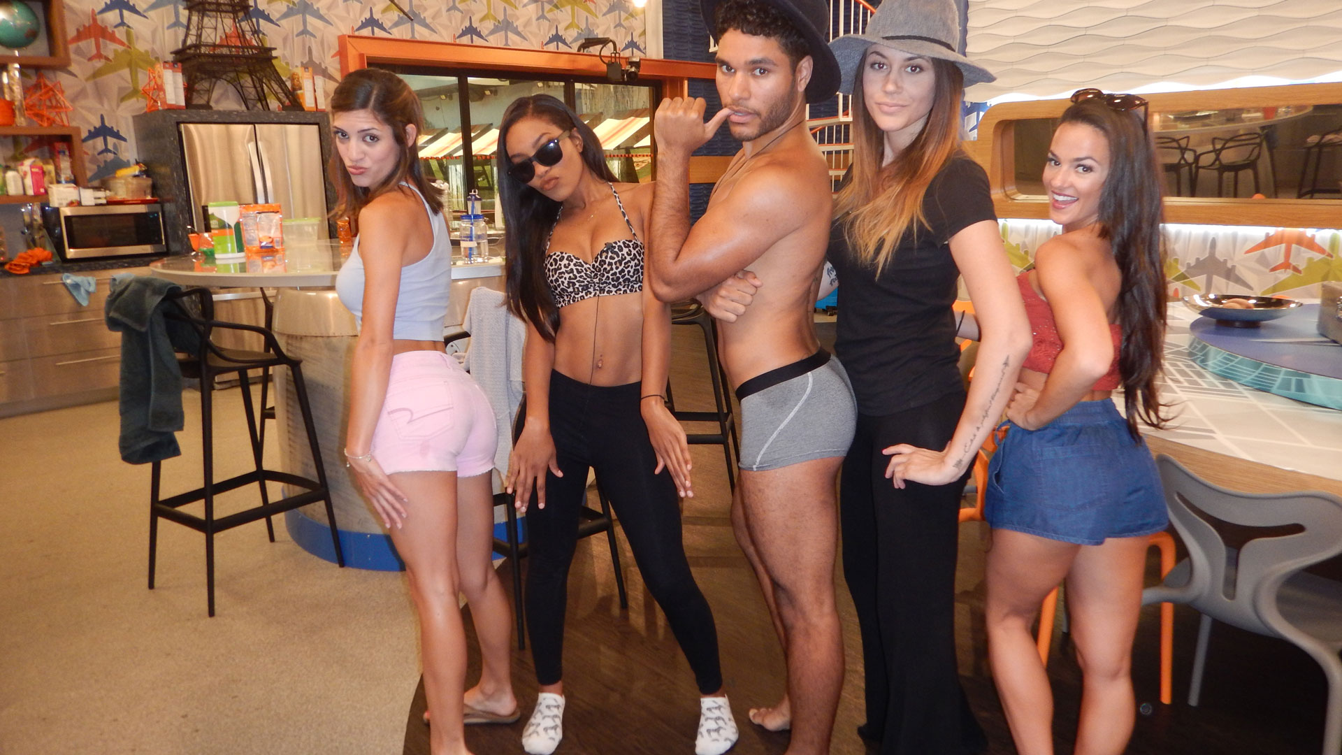 These BB18 Houseguests are bootylicious!