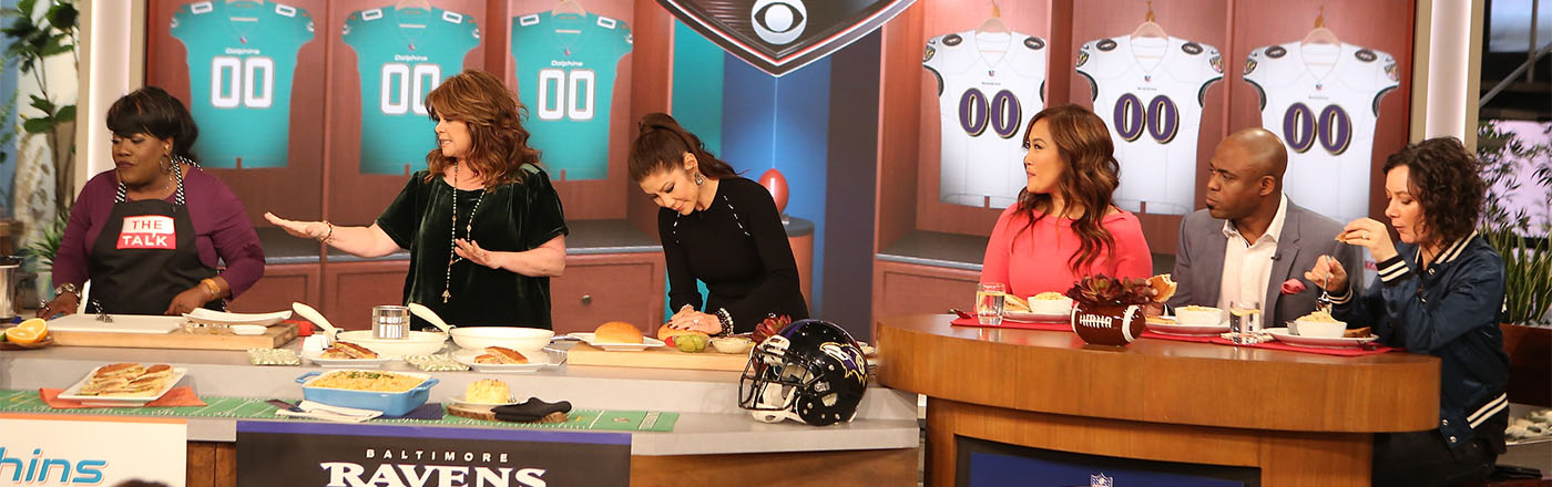Valerie Bertinelli Cooks Up A Delicious Game Day Tailgate Spread