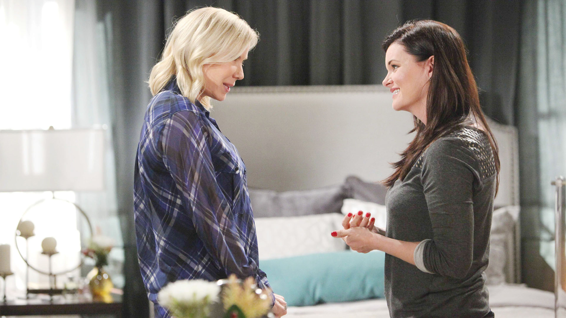 Having learned of Katie's on-going affair with Wyatt, Brooke warns her sister to be careful of Bill.