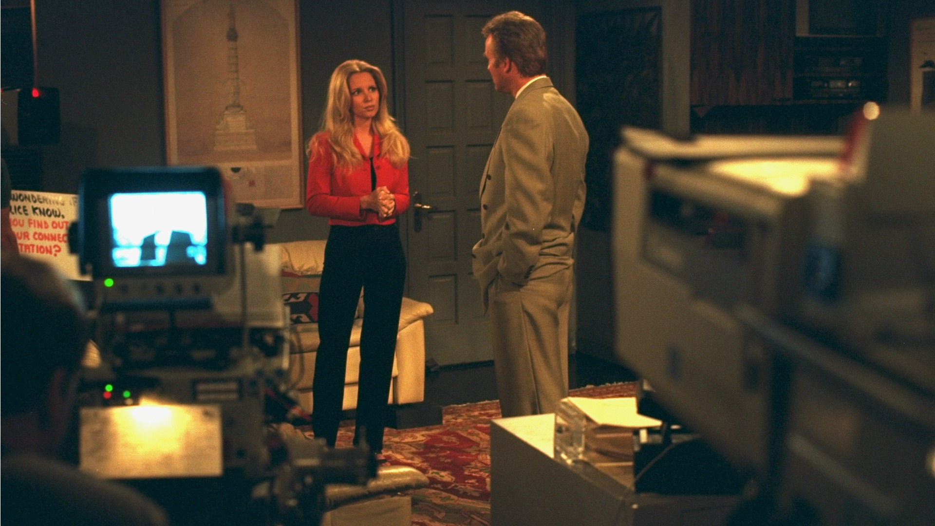 Lauralee Bell and Doug Davidson get lost in conversation.