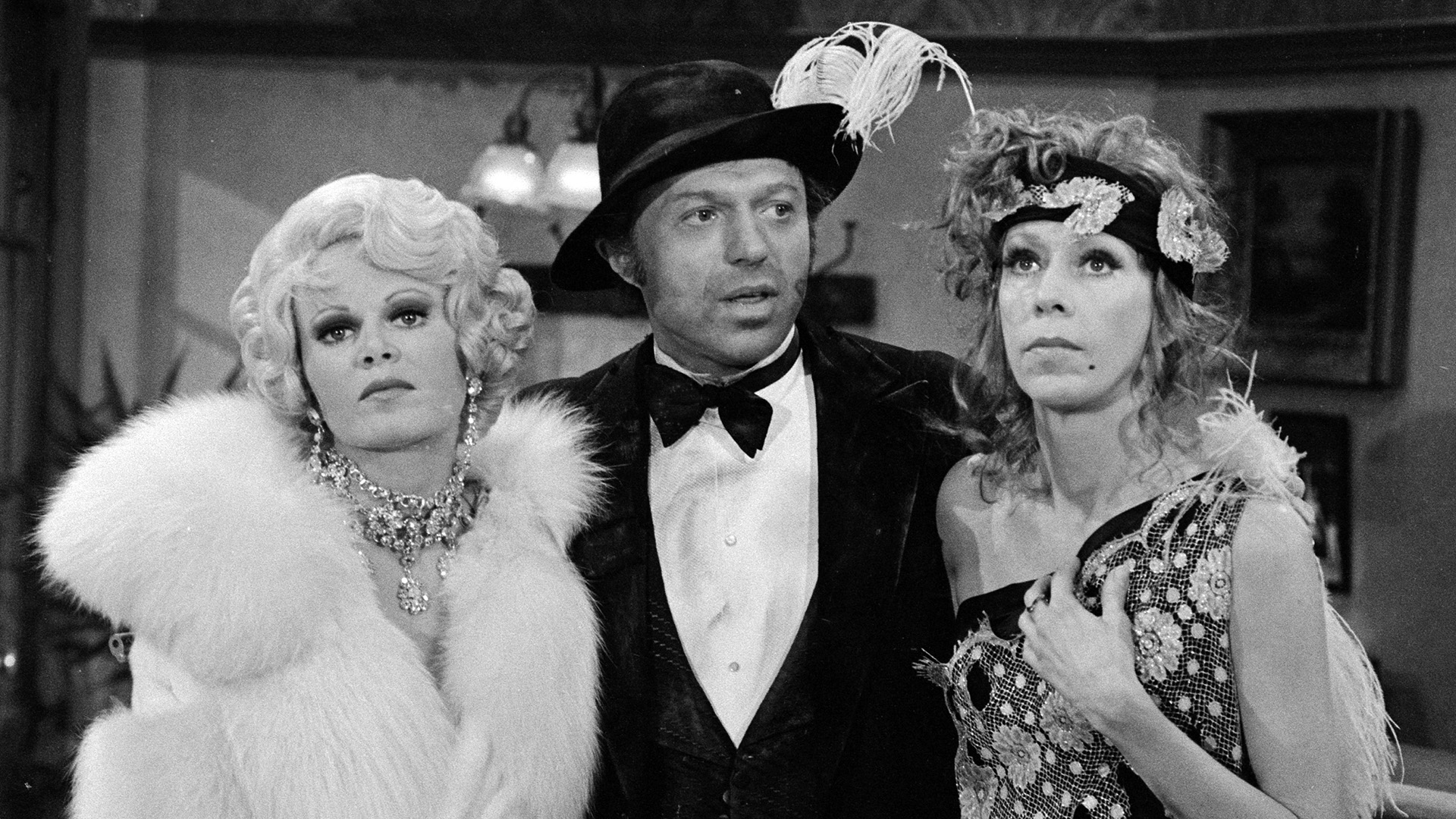 Carol Burnett with Sally Struthers and Steve Lawrence.