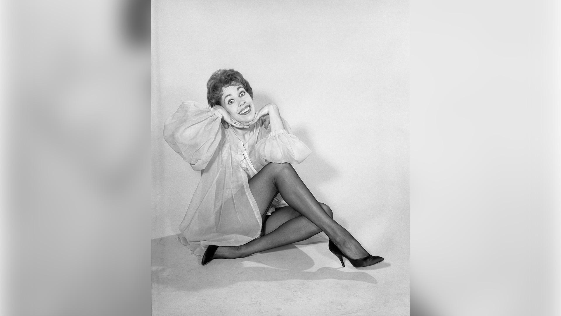 Carol Burnett giving good face on The Carol Burnett Show.