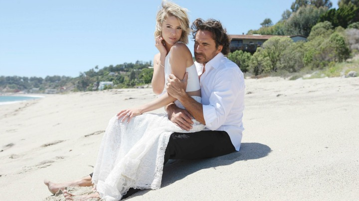 Ridge and Caroline tie the knot in a private wedding.