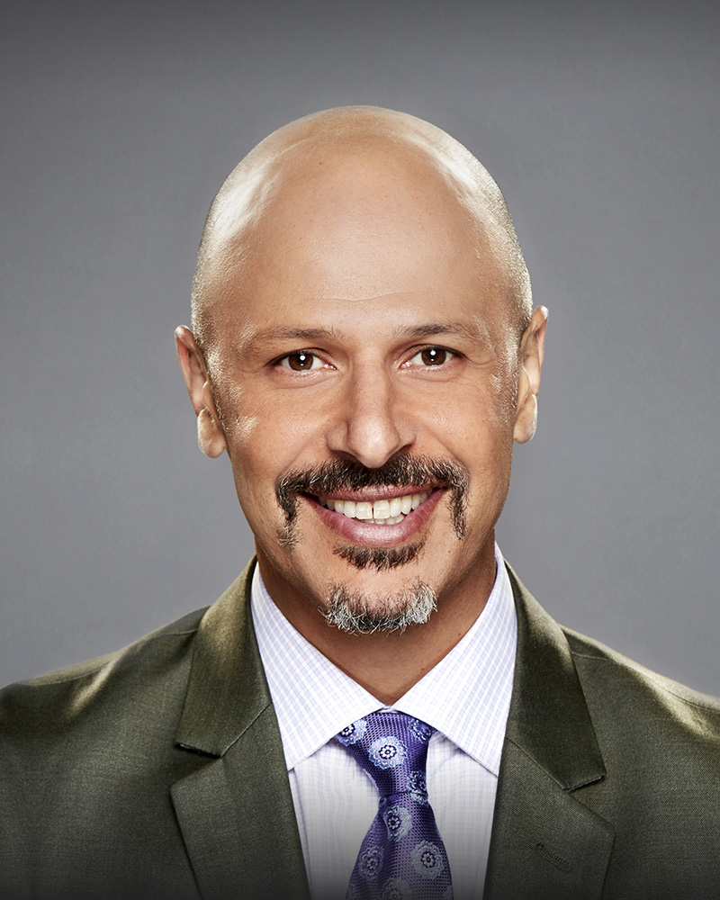 The 46-year old son of father (?) and mother(?) Maz Jobrani in 2018 photo. Maz Jobrani earned a  million dollar salary - leaving the net worth at 13 million in 2018