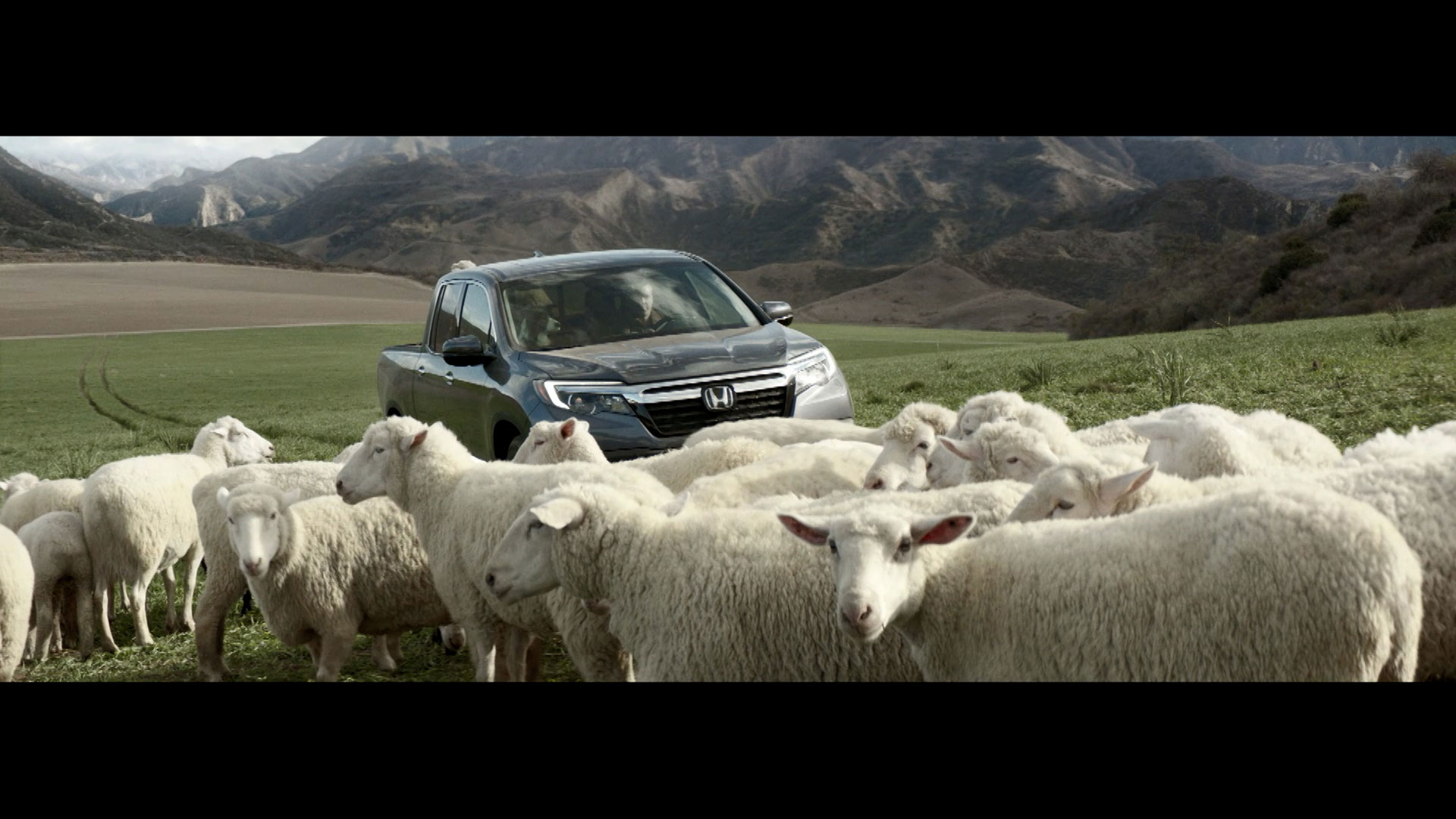 HONDA<br />A New Truck to Love (2016)