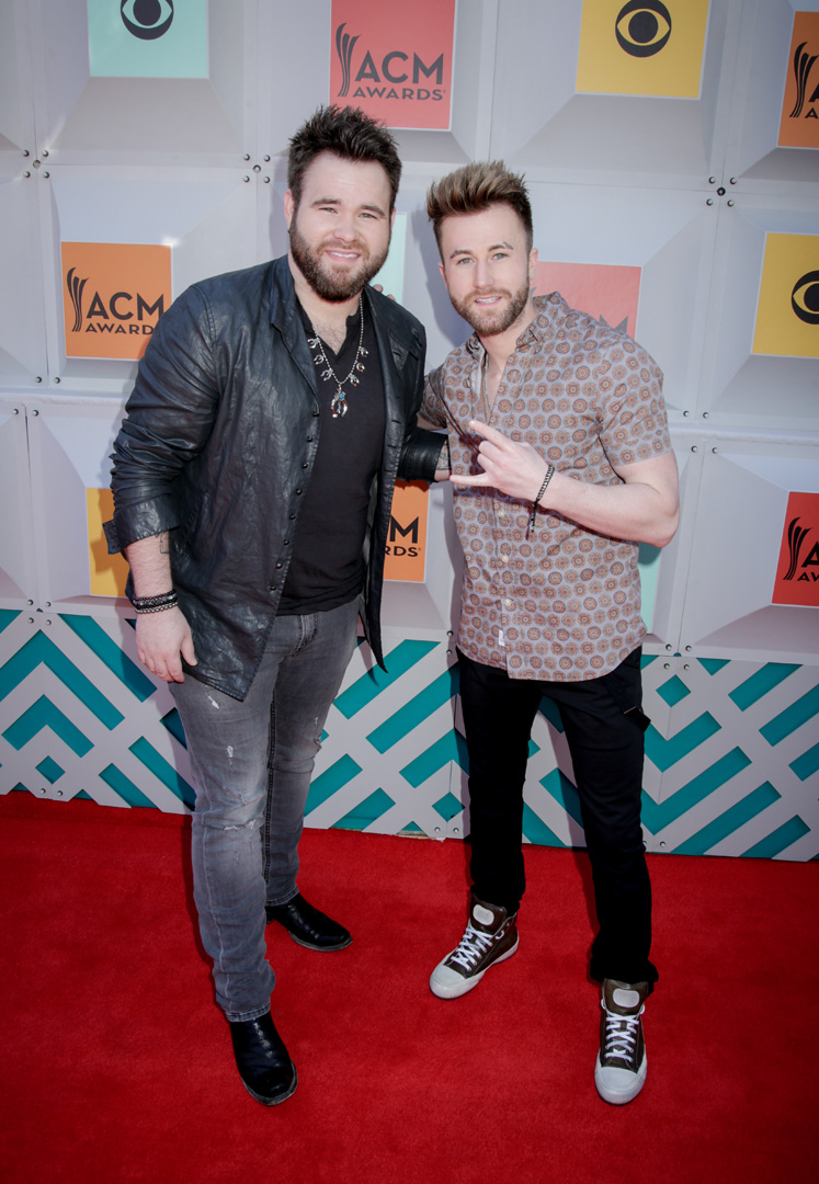 2016 ACMs: The Swon Brothers