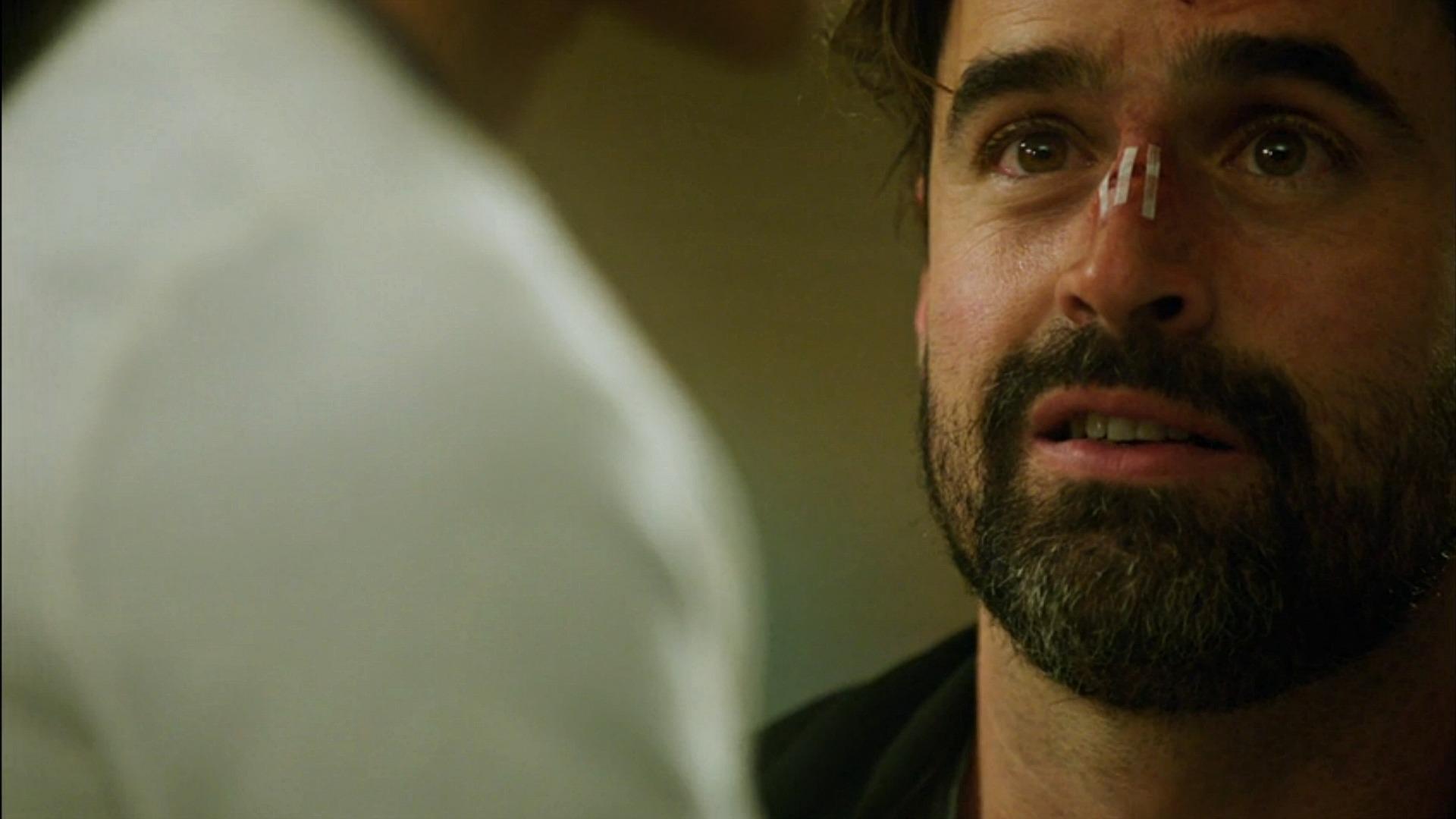 Jesse Bradford as Gordon Heshman