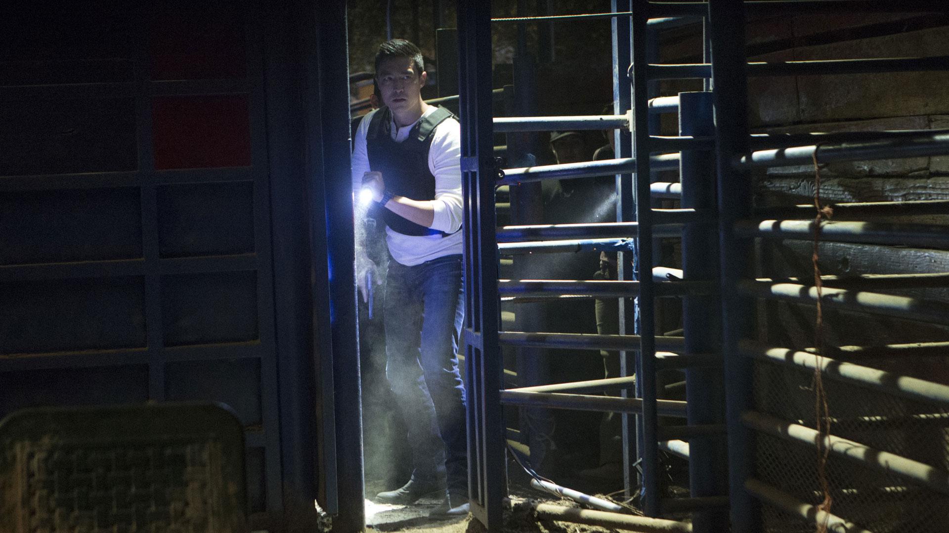 Agent Matthew Simmons enters the scene.