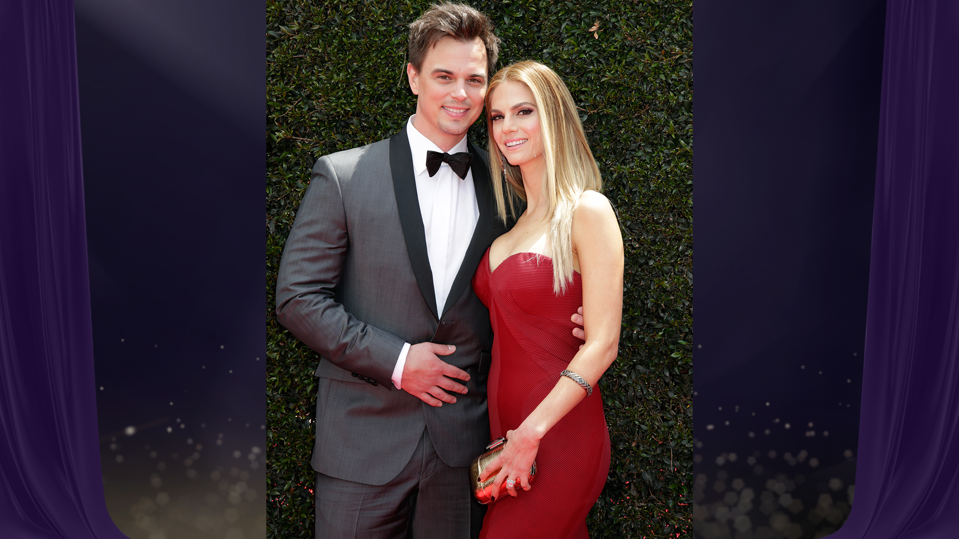 Darin Brooks from The Bold and the Beautiful throws his arm around his gorgeous wife (and CBS Daytime actress), Kelly Kruger.