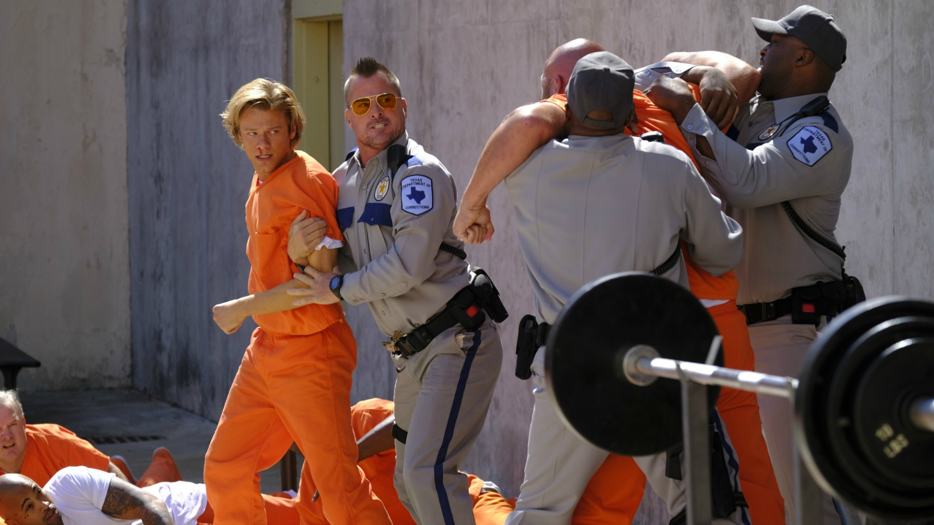 MacGvyer gets separated from a prison brawl.