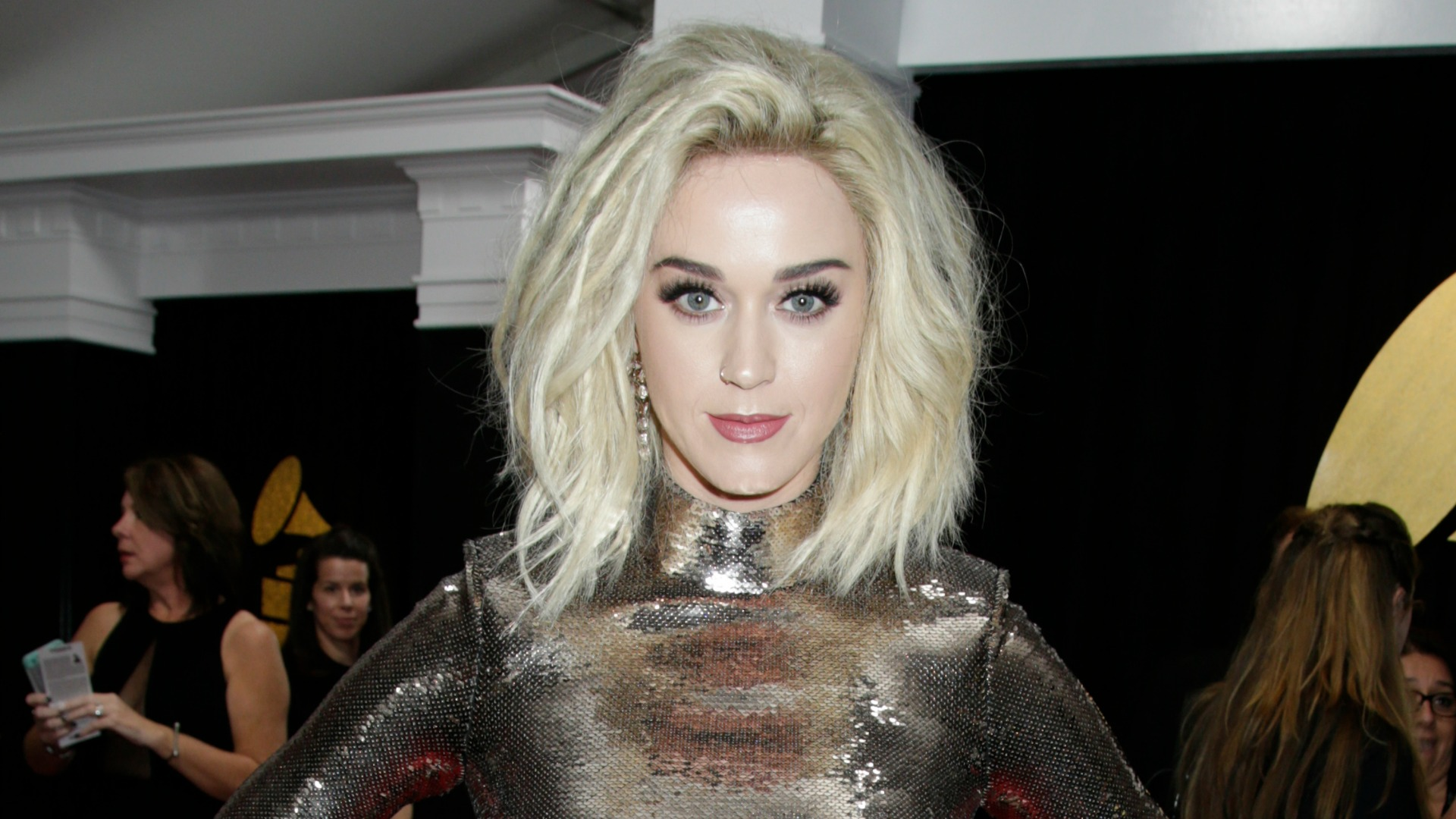 GRAMMYs 2017: Katy Perry