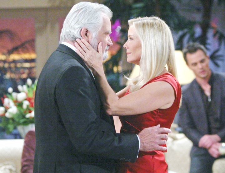 On Christmas Eve, Eric reminds Brooke about the true spirit of the holiday and convinces her not to spend Christmas alone, but with him, Bill, Katie, Steffy, Thomas, Liam, and Wyatt.