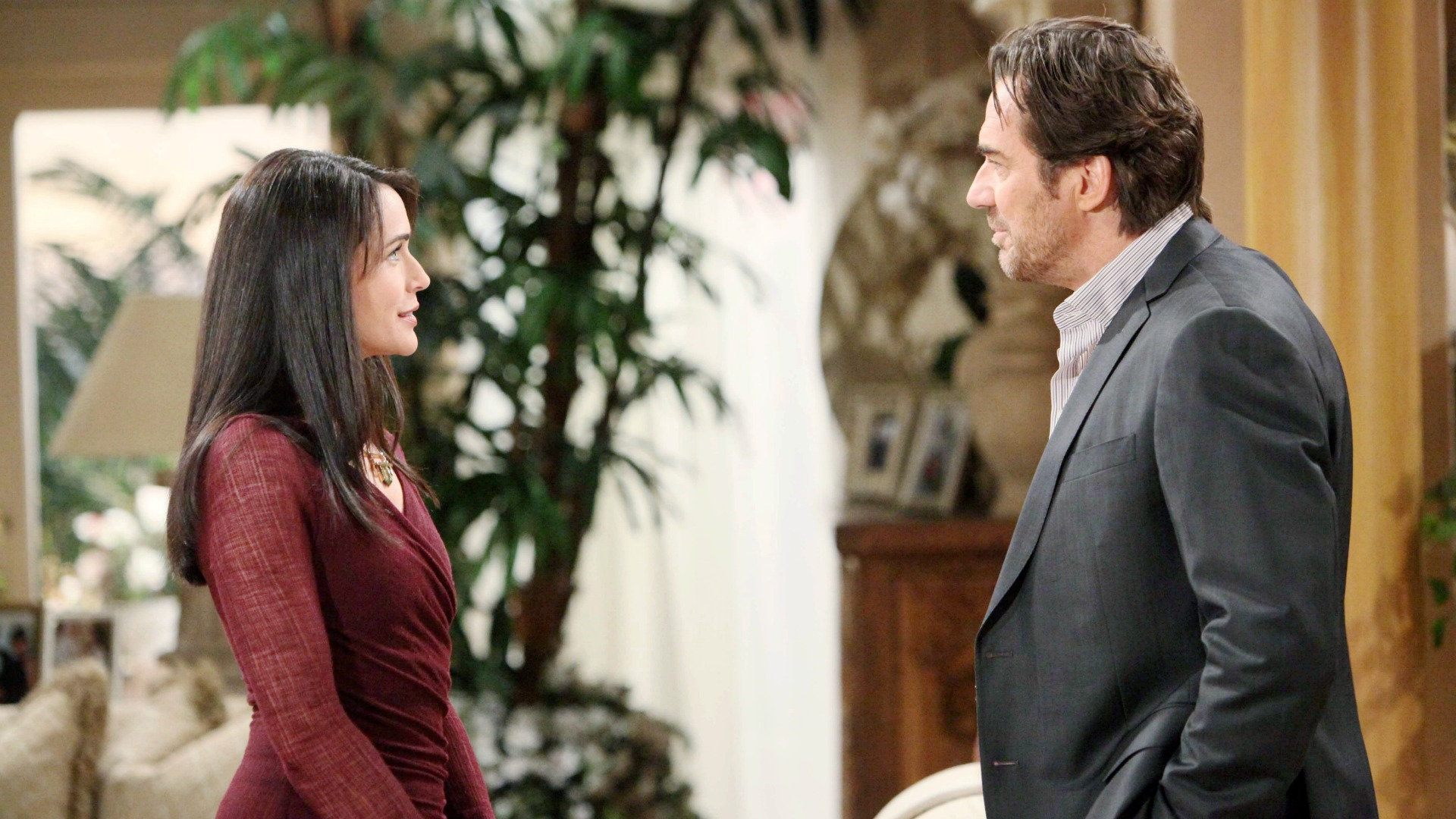 Ridge and Quinn come to an agreement regarding the dangerous flirtation that has been going on between them.