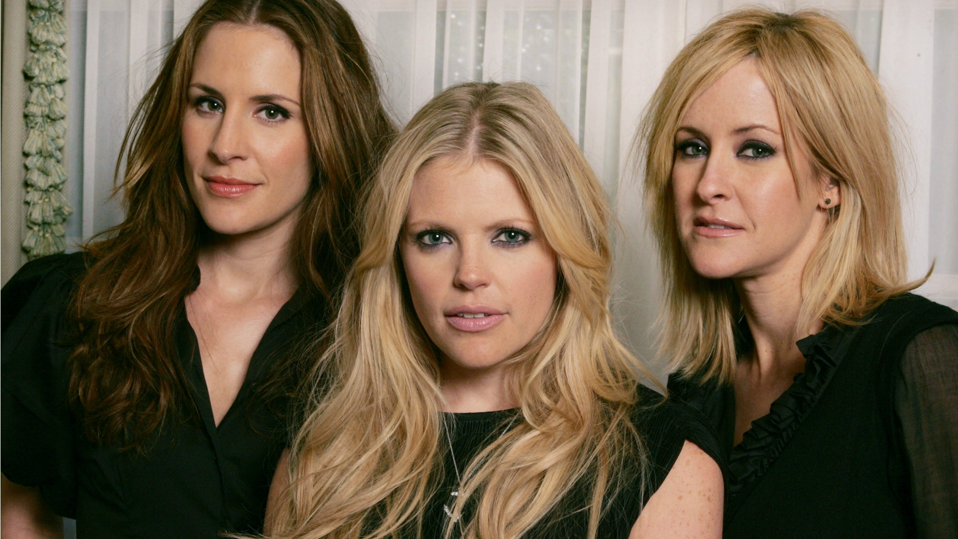 2. When Dixie Chicks won big and still weren't
