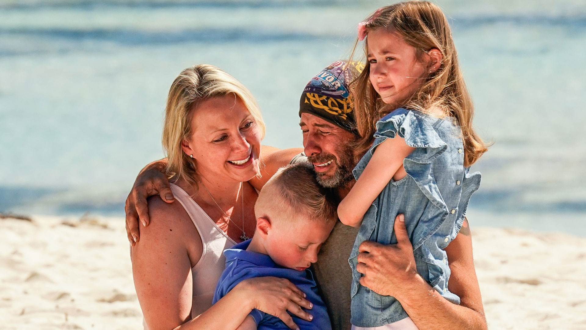 Season 40: Tony Vlachos breaks down in tears seeing his wife and kids.