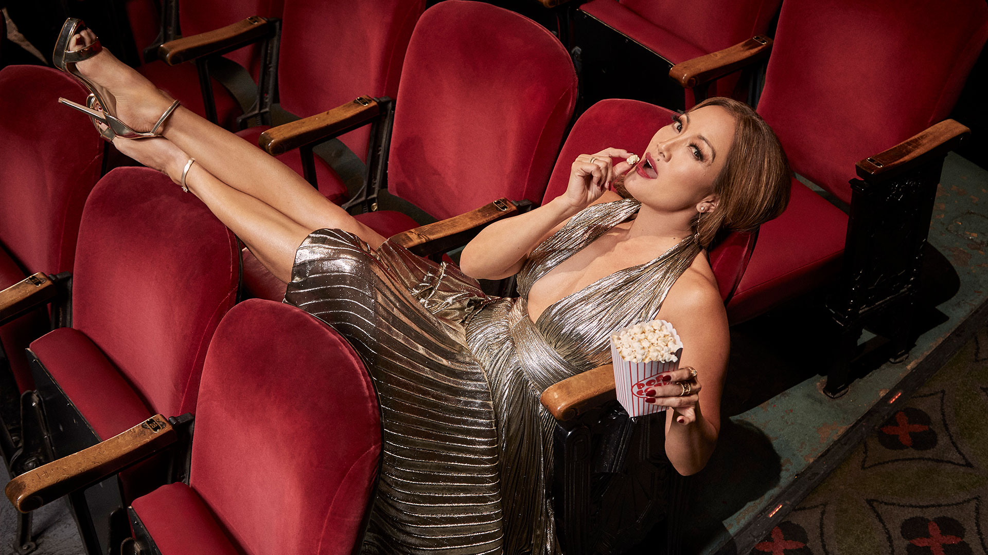 Carrie Ann Inaba channels old Hollywood glamour