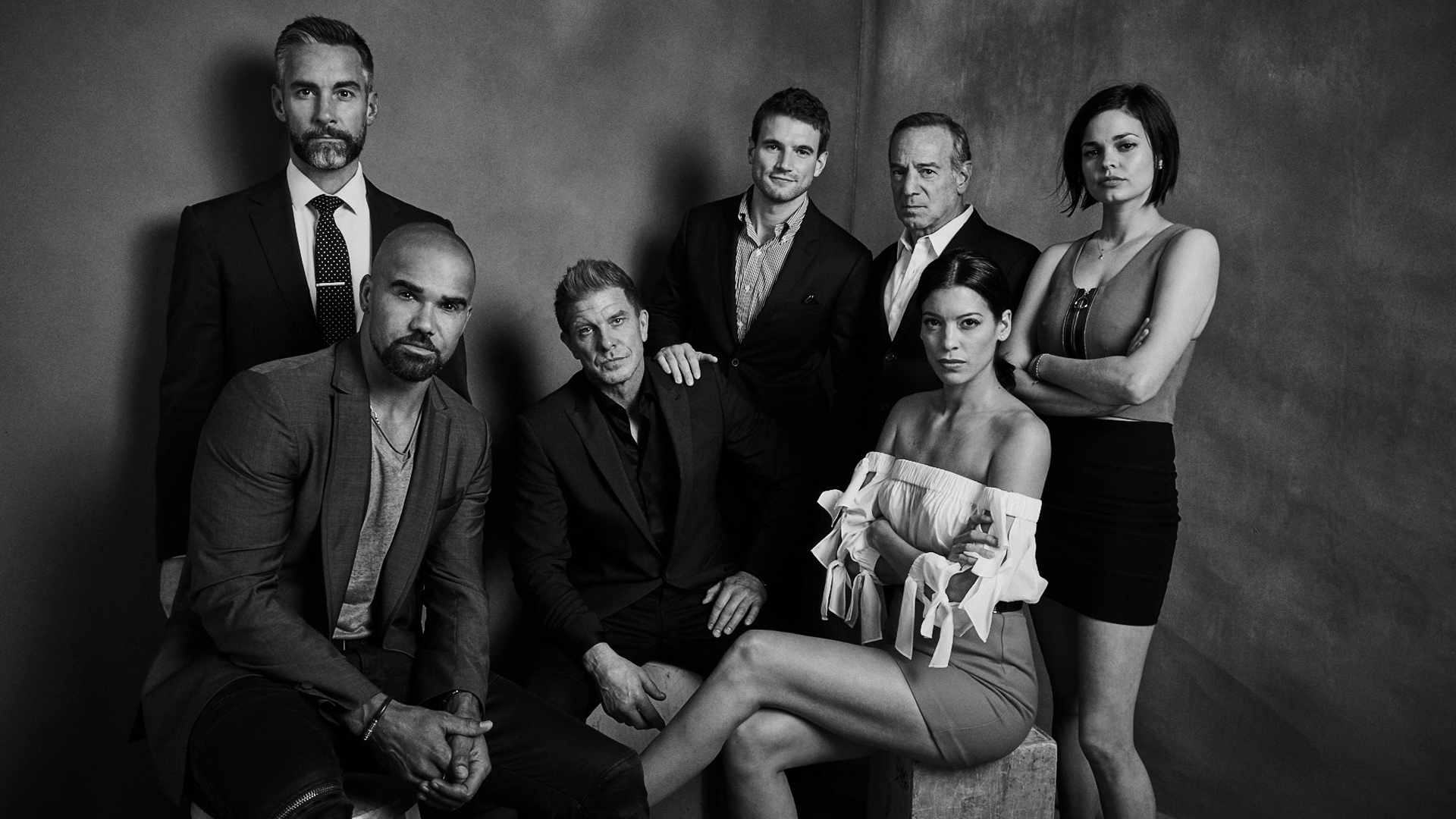S.W.A.T.: Shemar Moore, Jay Harrington, Kenny Johnson, Alex Russell, Peter Onorati, Lina Esco, and Stephanie Sigman