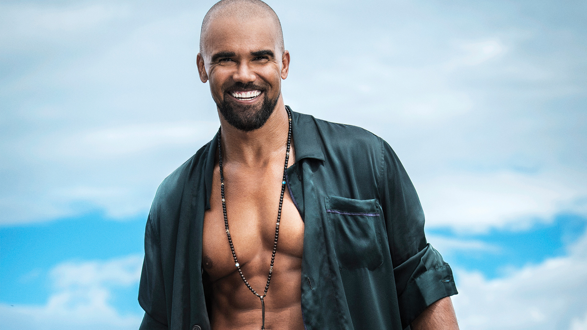 Stop what you're doing and check out these sizzling Shemar Moore photos!