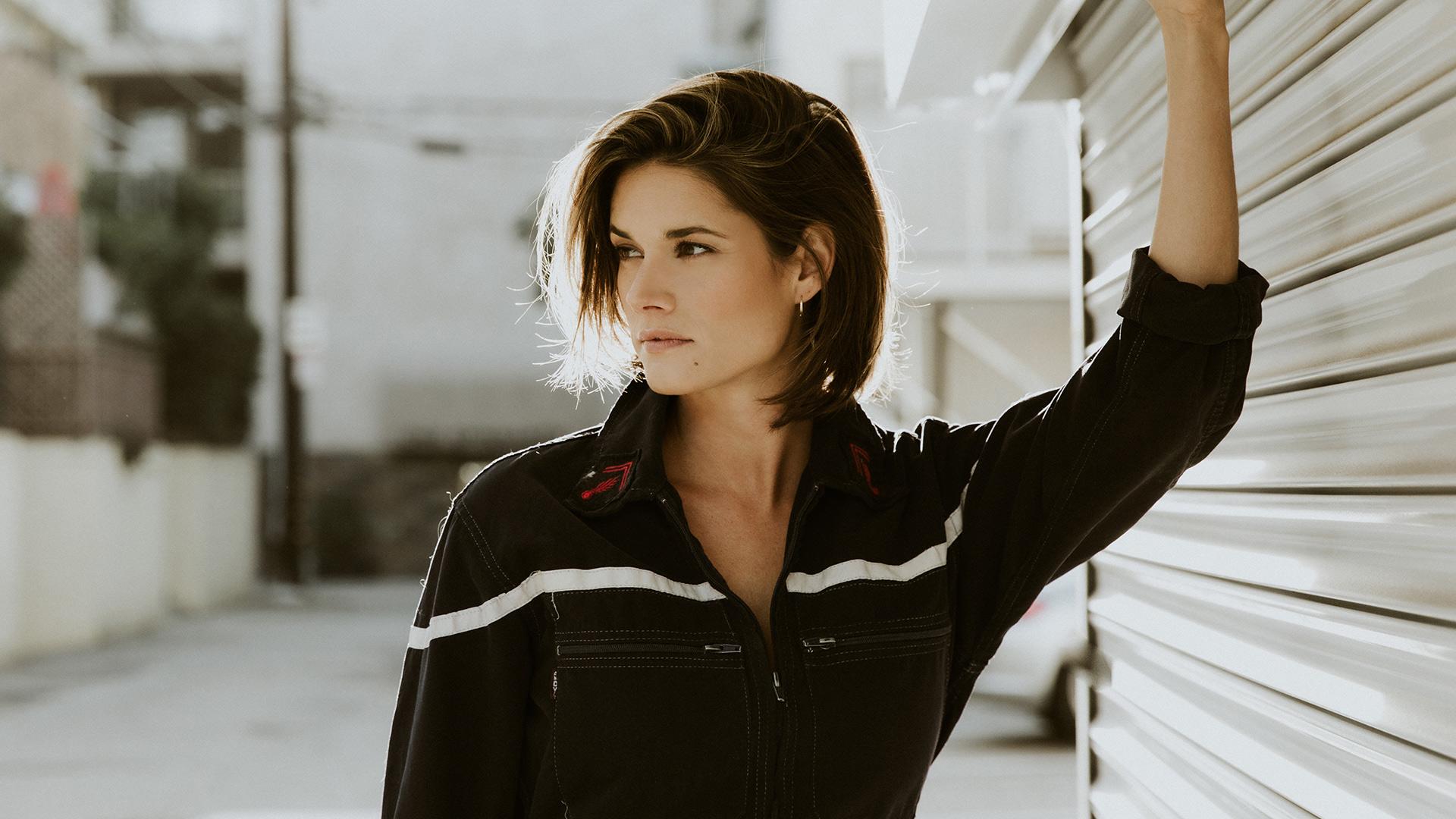 11 Things That FBI Star Missy Peregrym Finds Irresistible