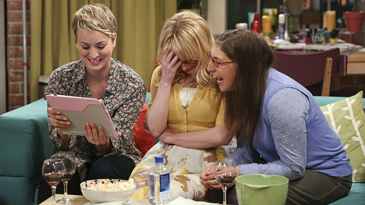 You wish you could have a regular girls' night with Penny, Amy, and Bernie.