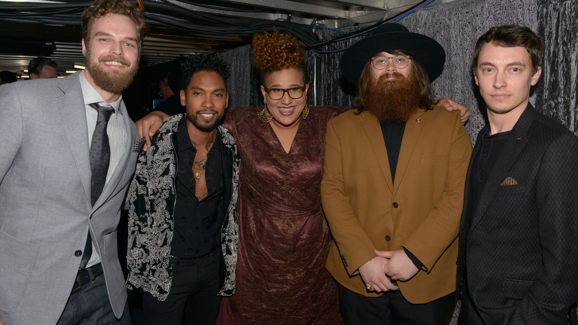 Alabama Shakes and Miguel cuddle up for a group shot
