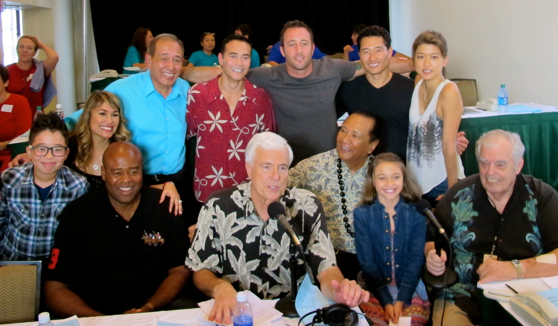 The Cast of Hawaii Five-0 Gives Back