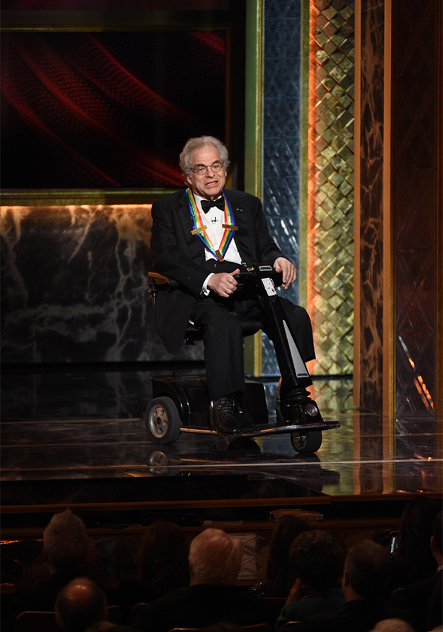 Conductor Itzhak Perlman pays tribute to honoree Seiji Ozawa.
