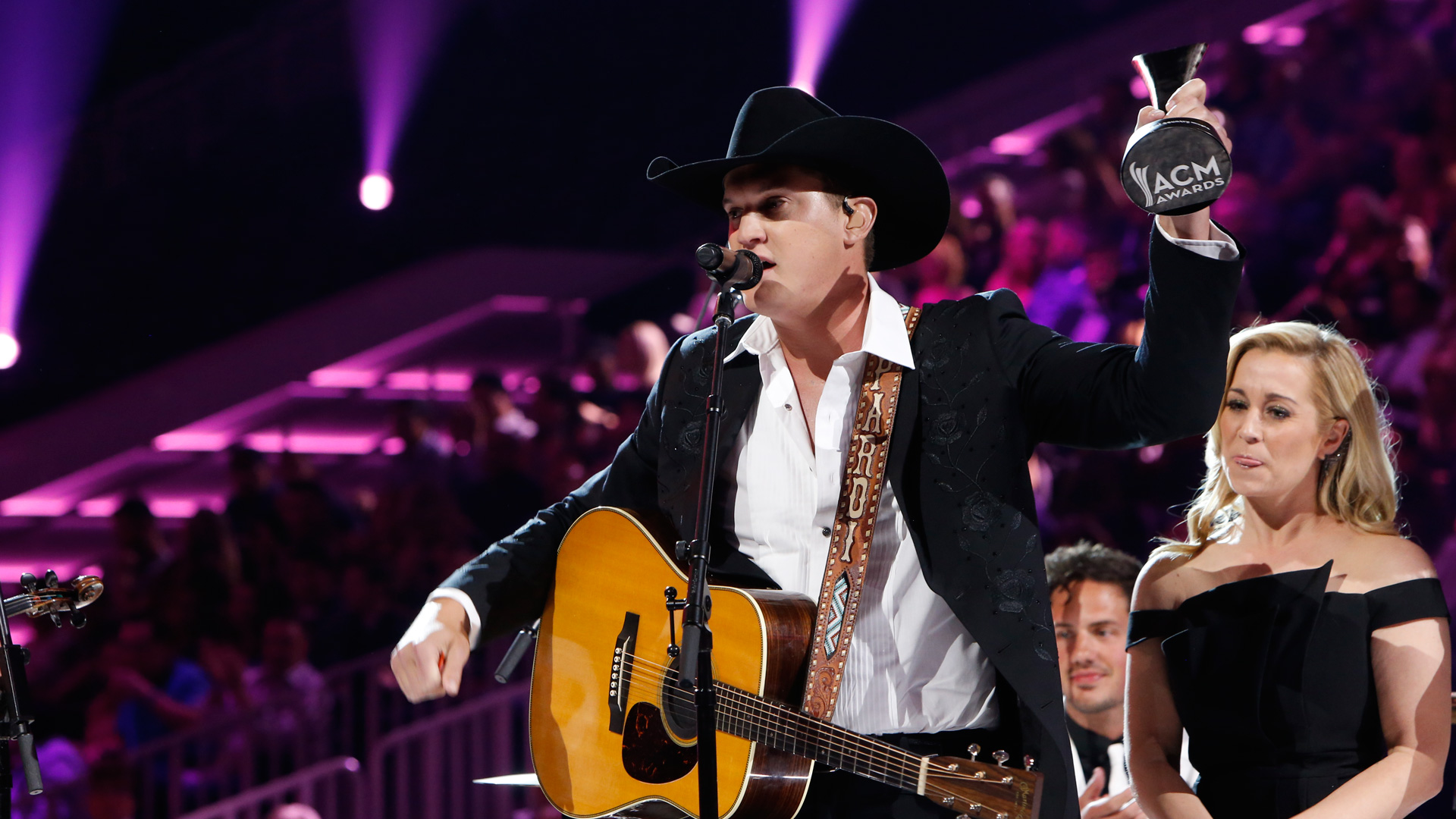 Jon Pardi wins New Male Vocalist Of The Year presented by T-Mobile at the 52nd ACM Awards